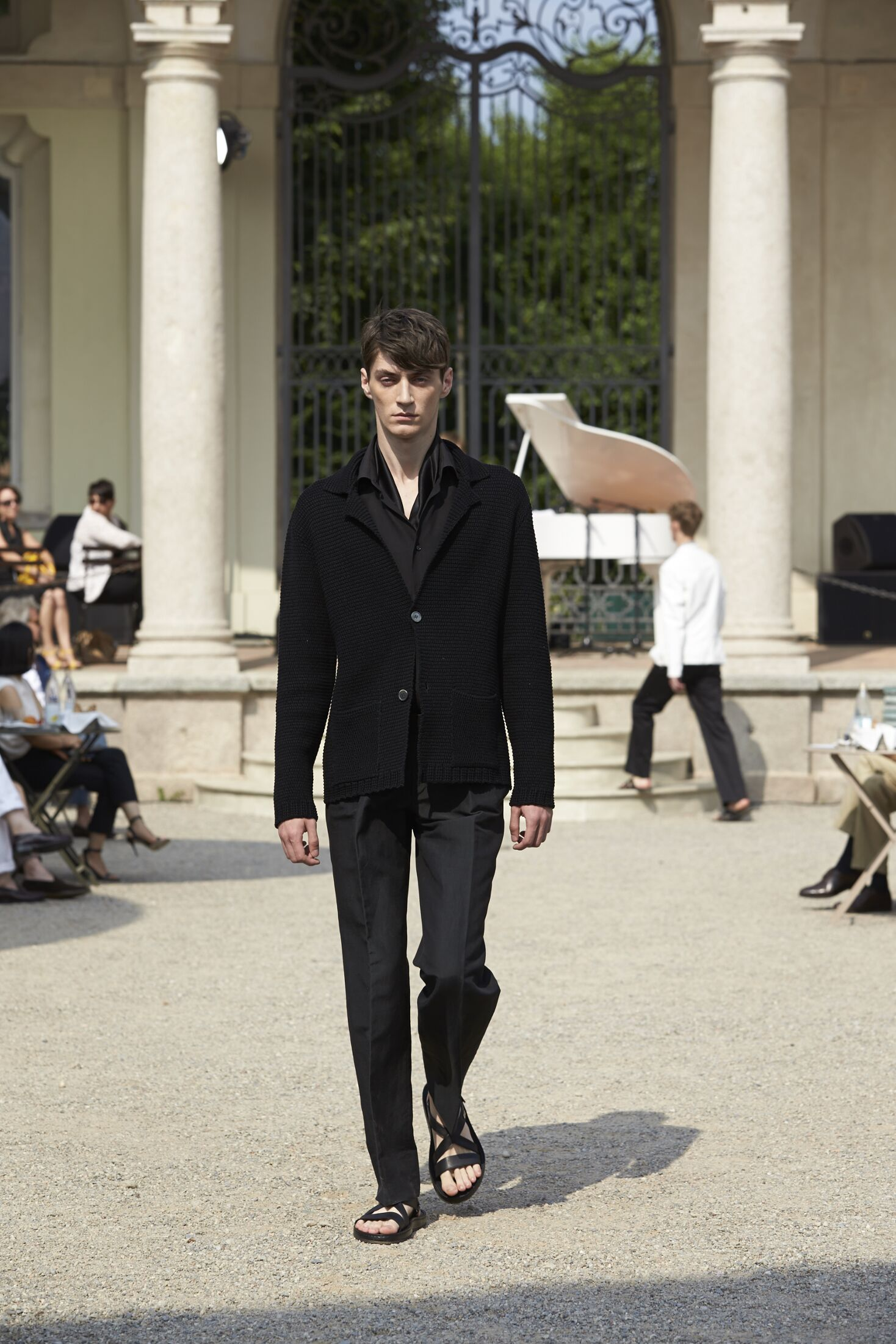 2015 Catwalk Corneliani Man Fashion Show Summer