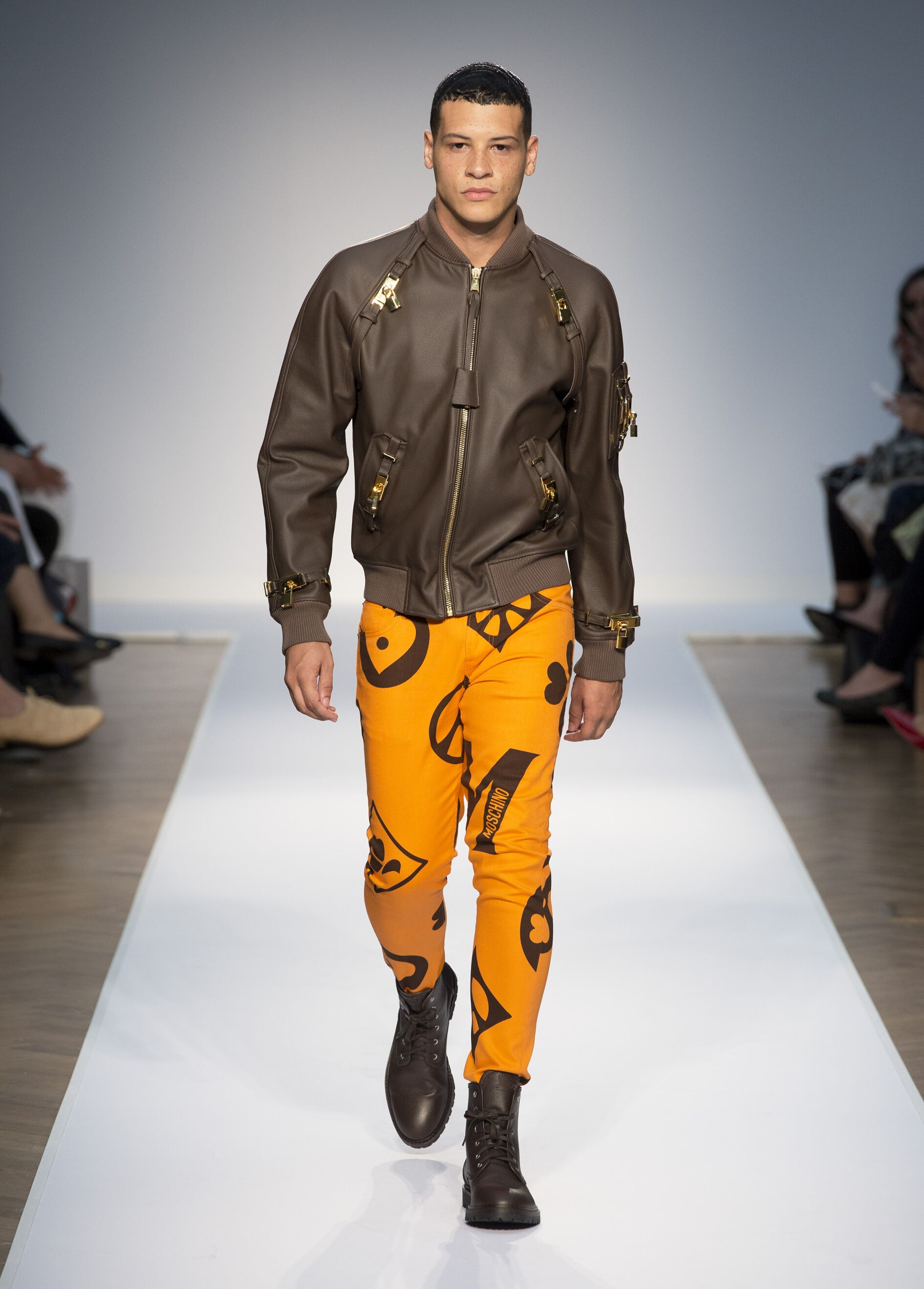 2015 Catwalk Moschino Man Fashion Show Summer