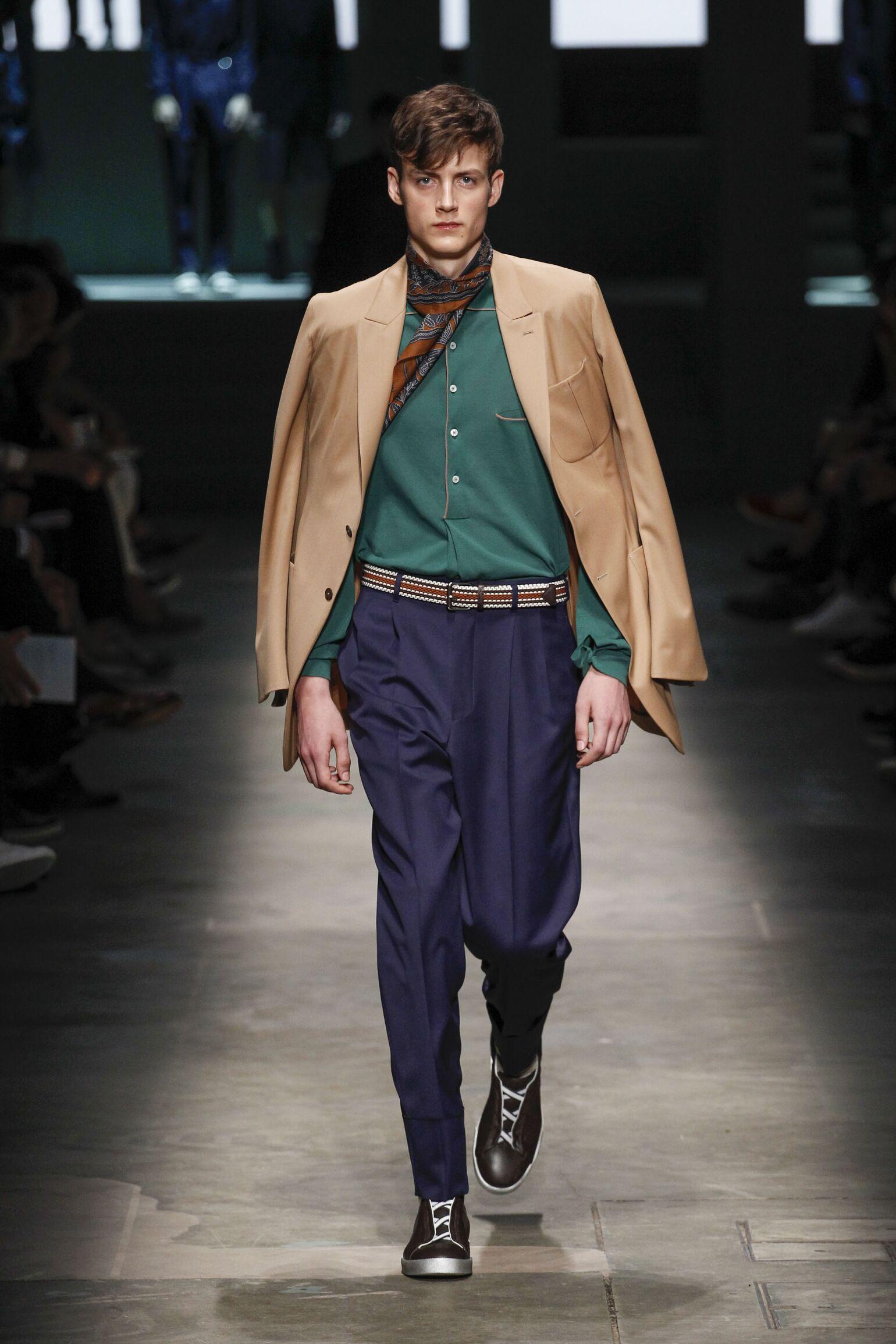 2015 Ermenegildo Zegna Couture Catwalk