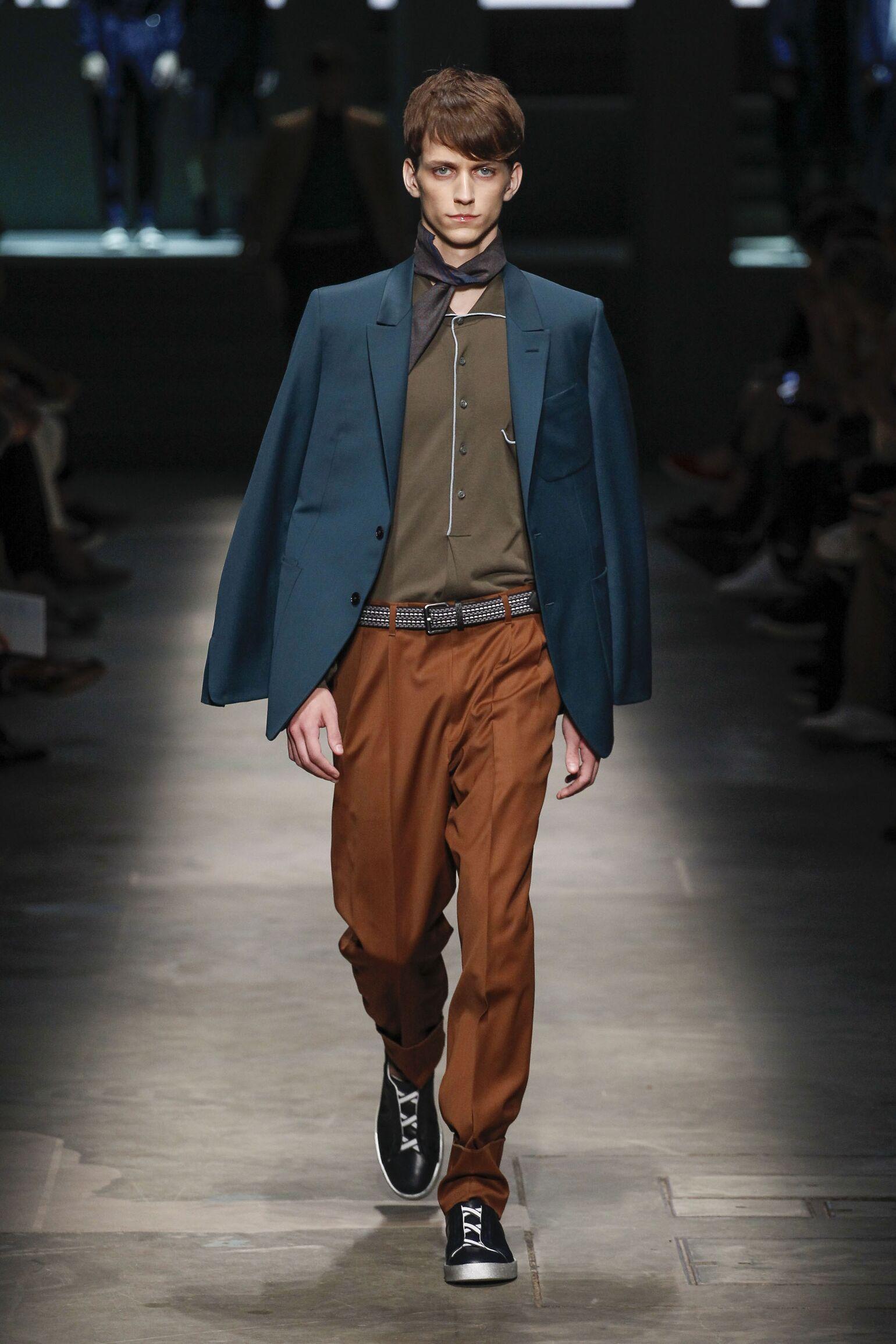 2015 Ermenegildo Zegna Couture Summer Catwalk
