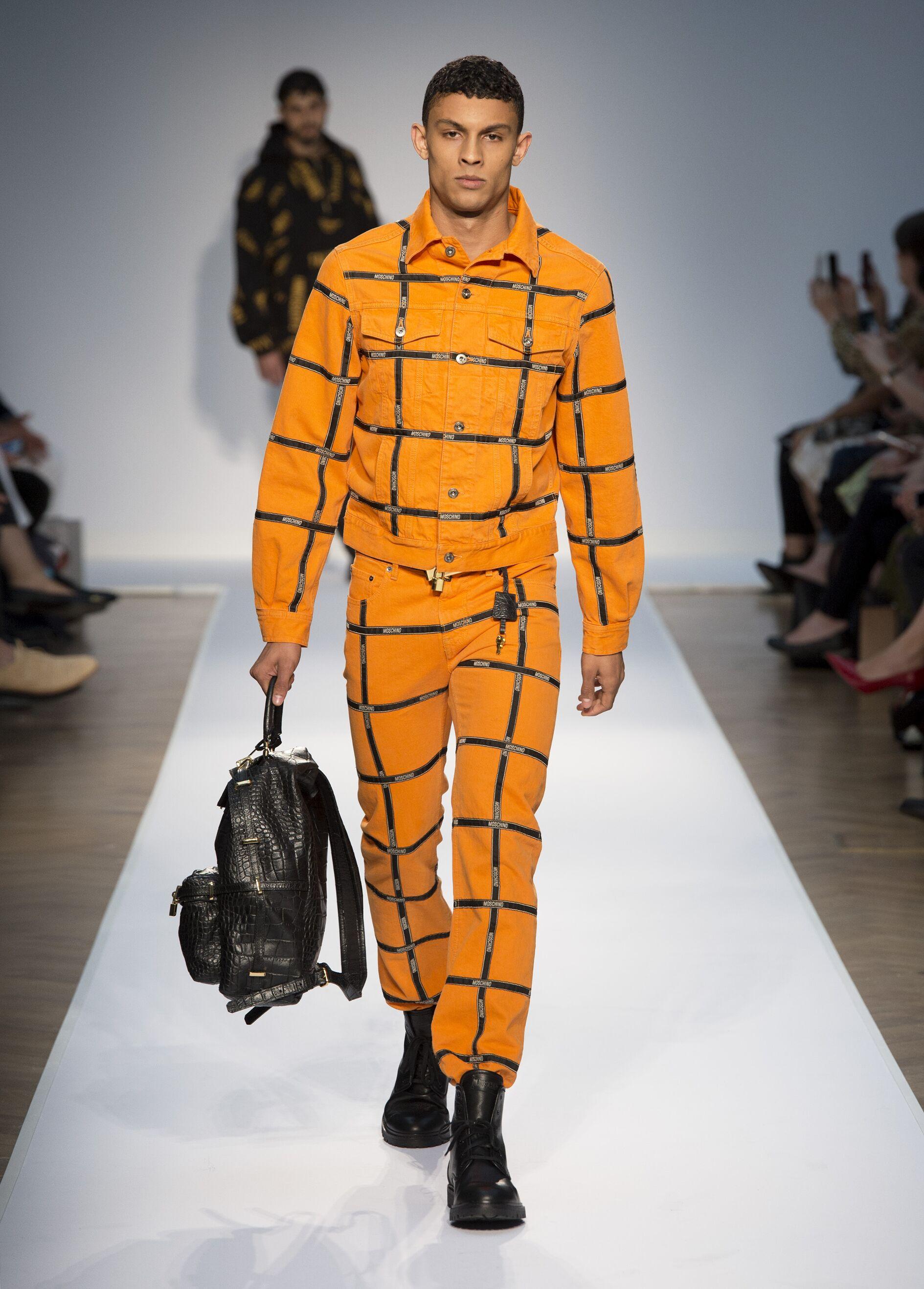 2015 Moschino Catwalk
