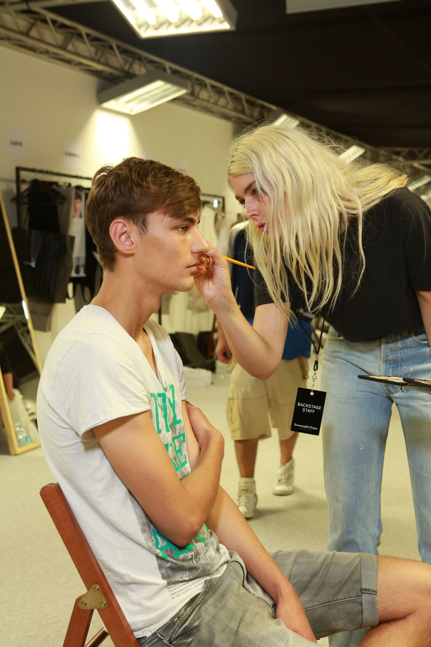 Backstage Ermenegildo Zegna Couture Make Up