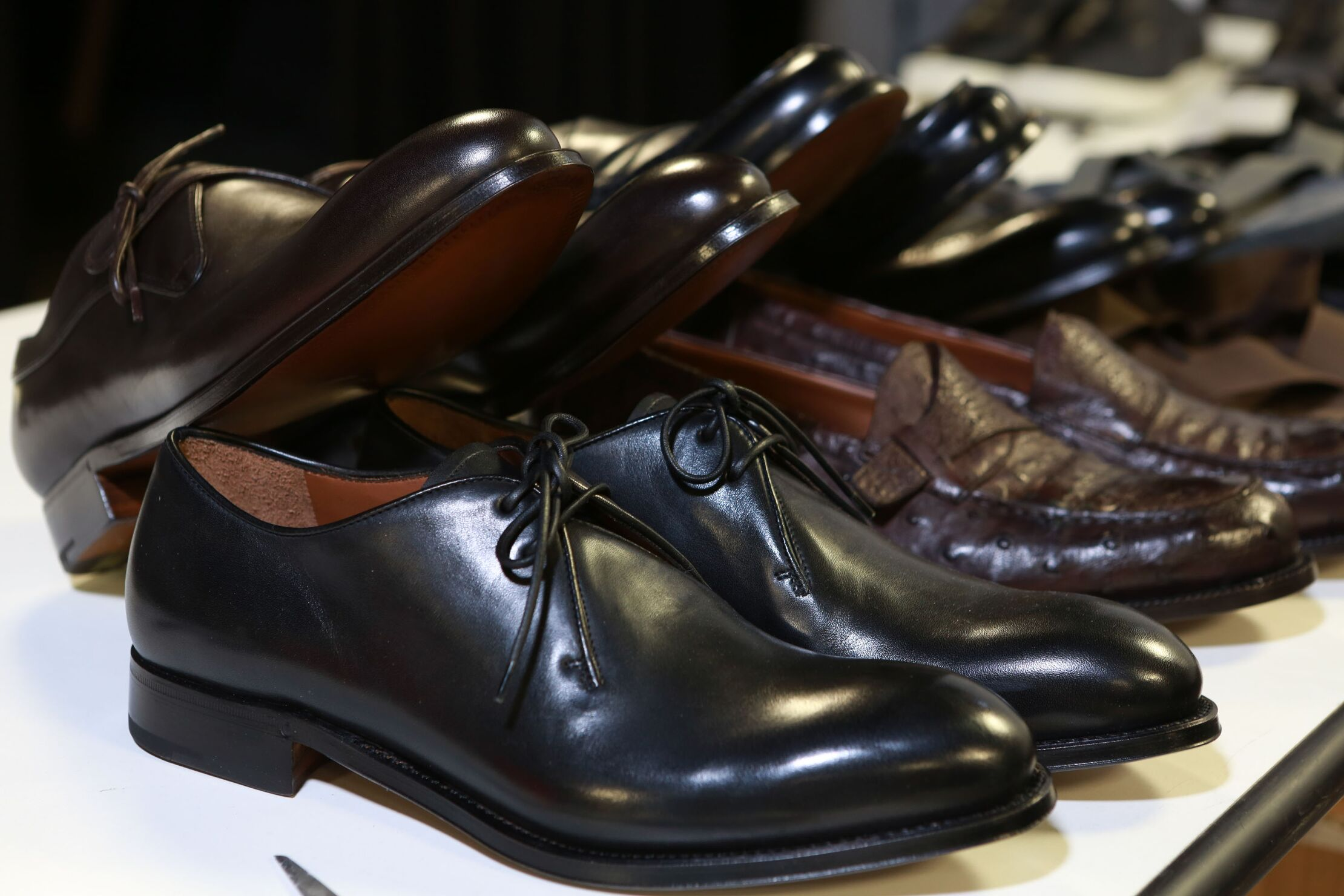 Backstage Ermenegildo Zegna Couture Shoes