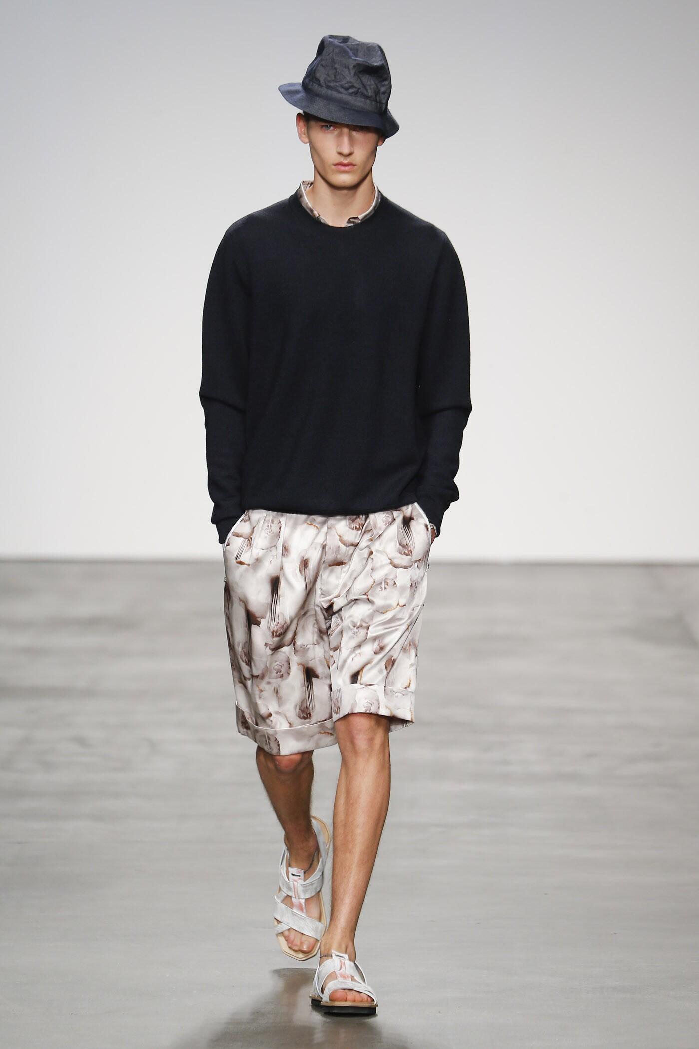 Catwalk Iceberg Man Fashion Show Summer 2015