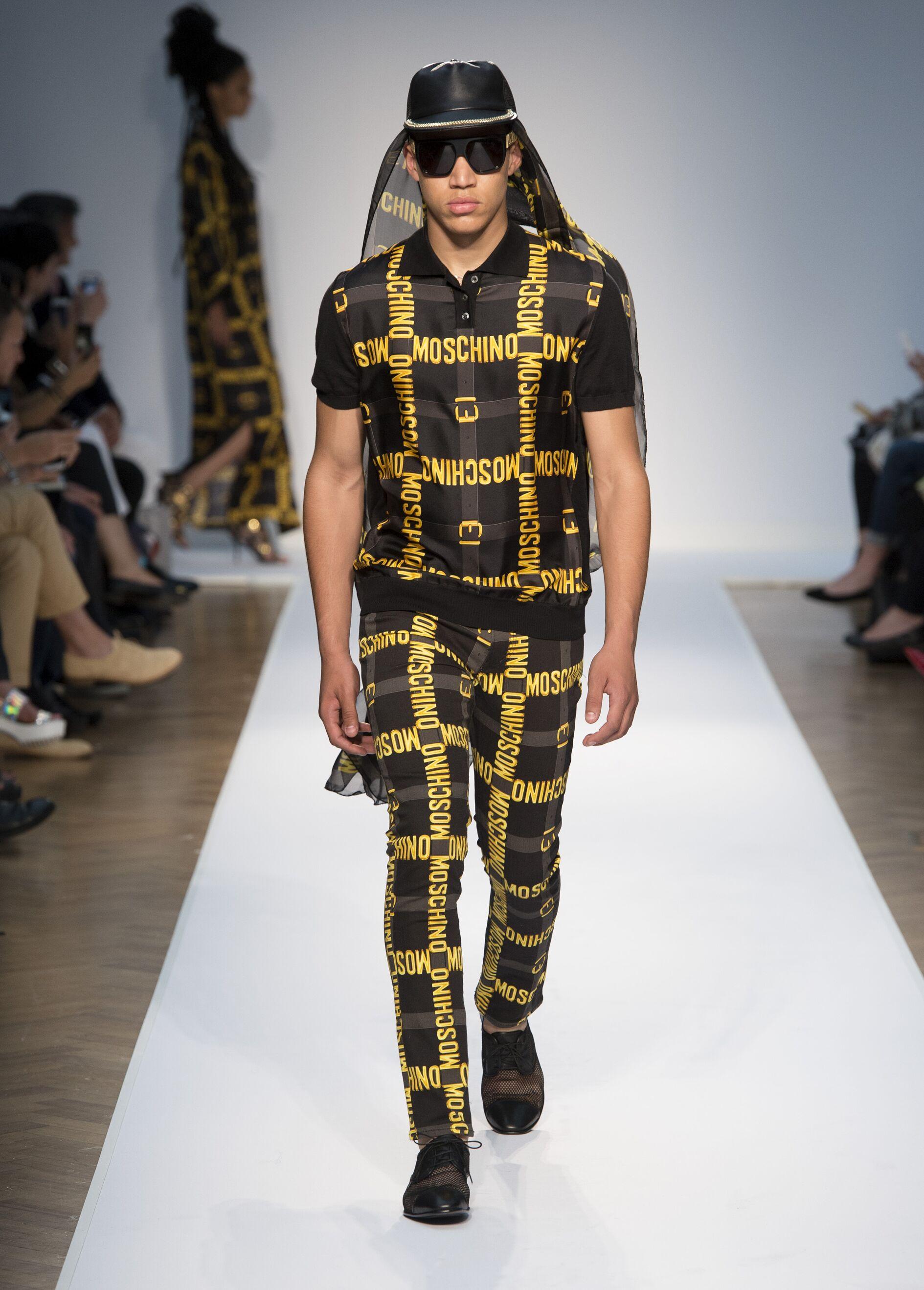 Catwalk Moschino SS 2015 Menswear