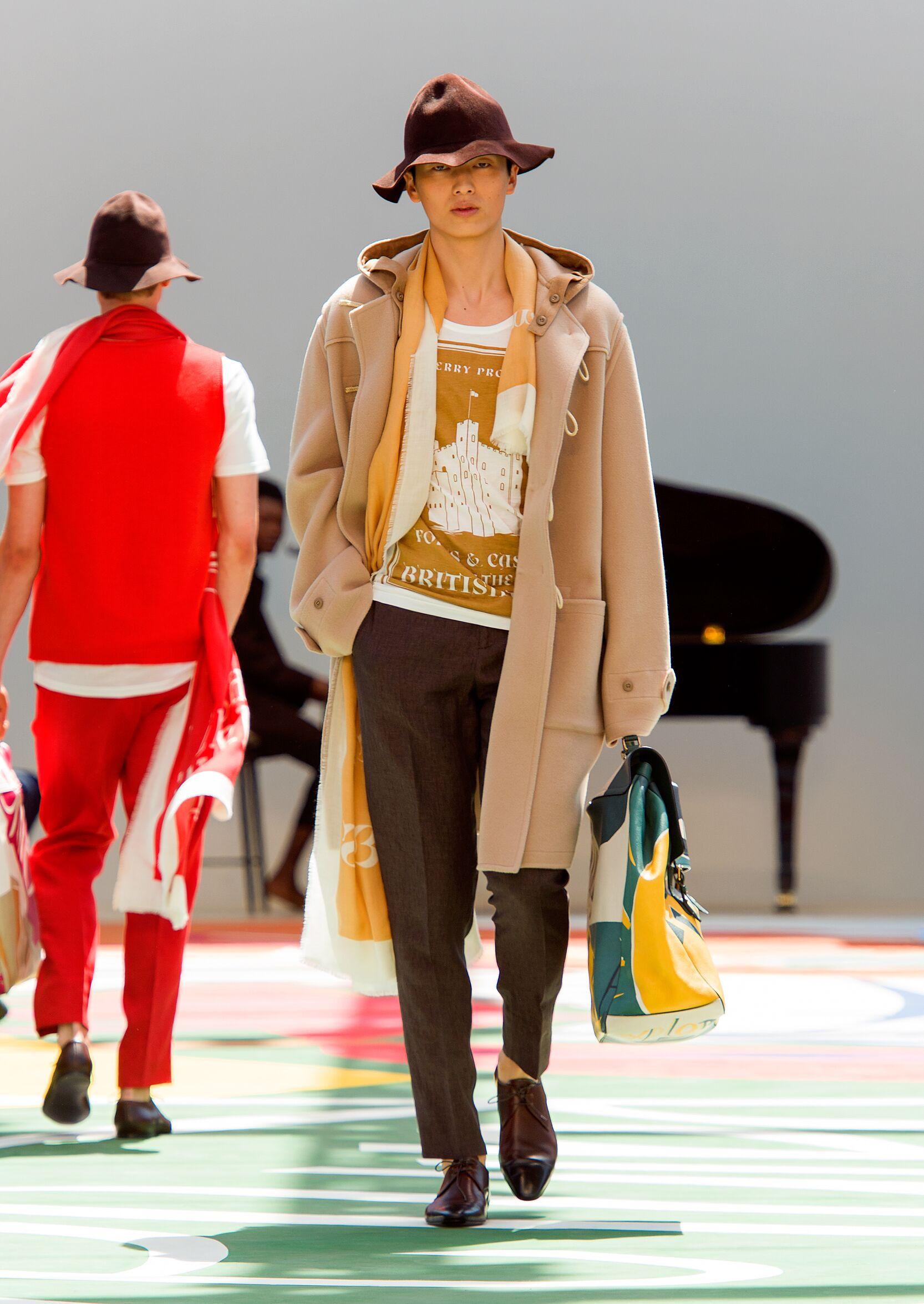 Fashion Man Model Burberry Prorsum Catwalk