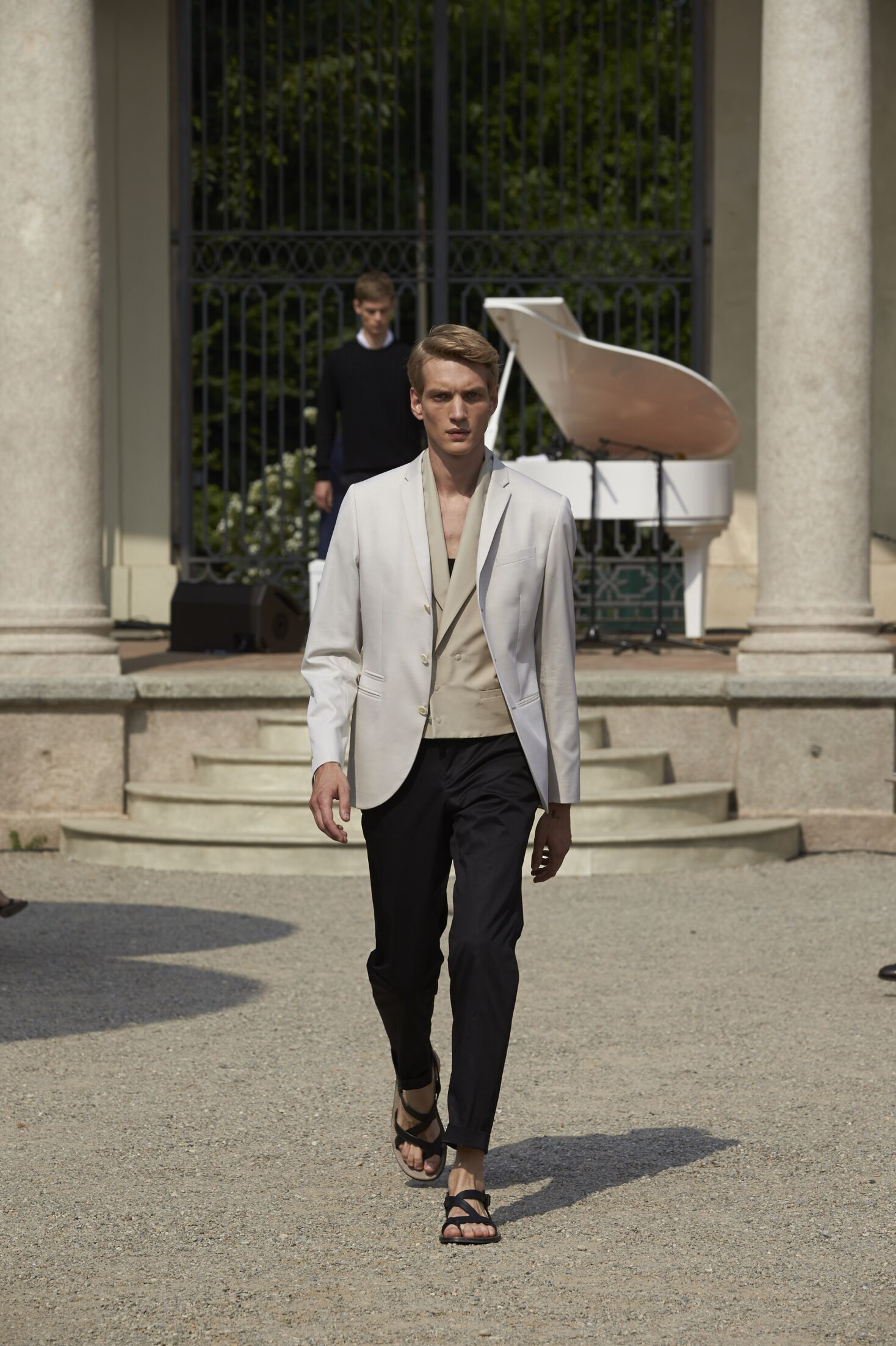 Menswear Summer Corneliani 2015