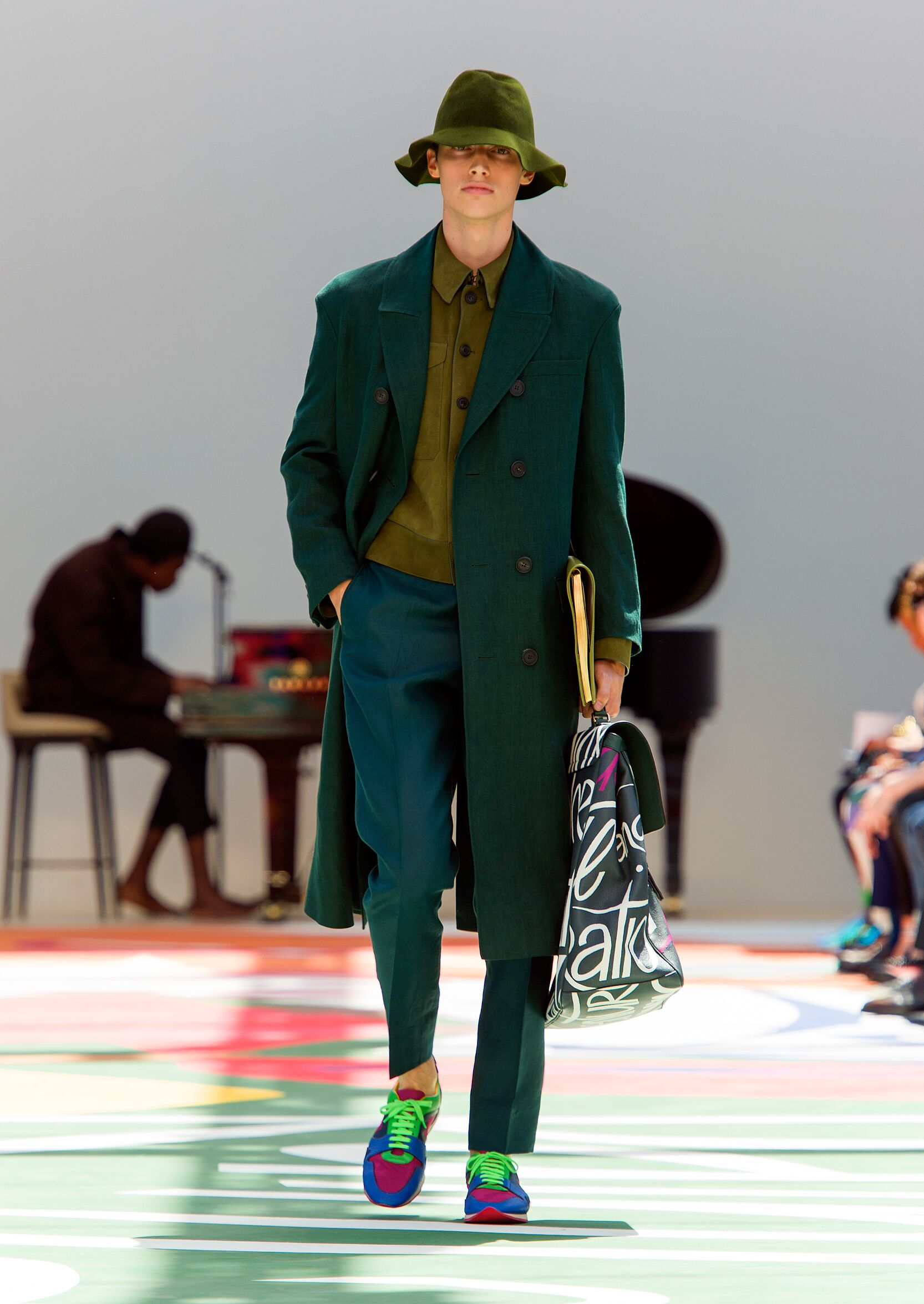 Runway Burberry Prorsum Spring Summer 2015 Men's Collection London Fashion Week