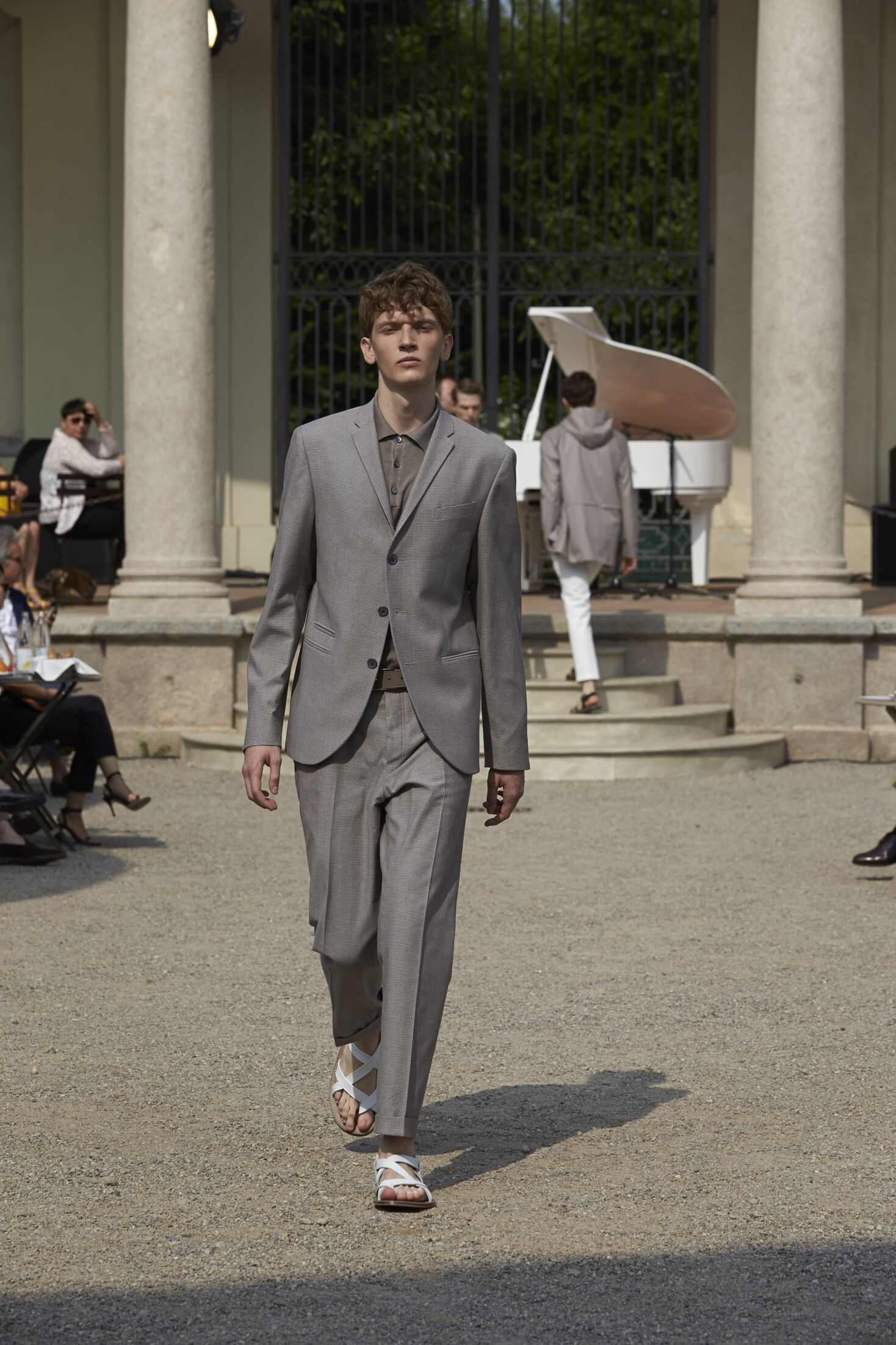Runway Corneliani Spring Summer 2015 Men's Collection Milan Fashion Week