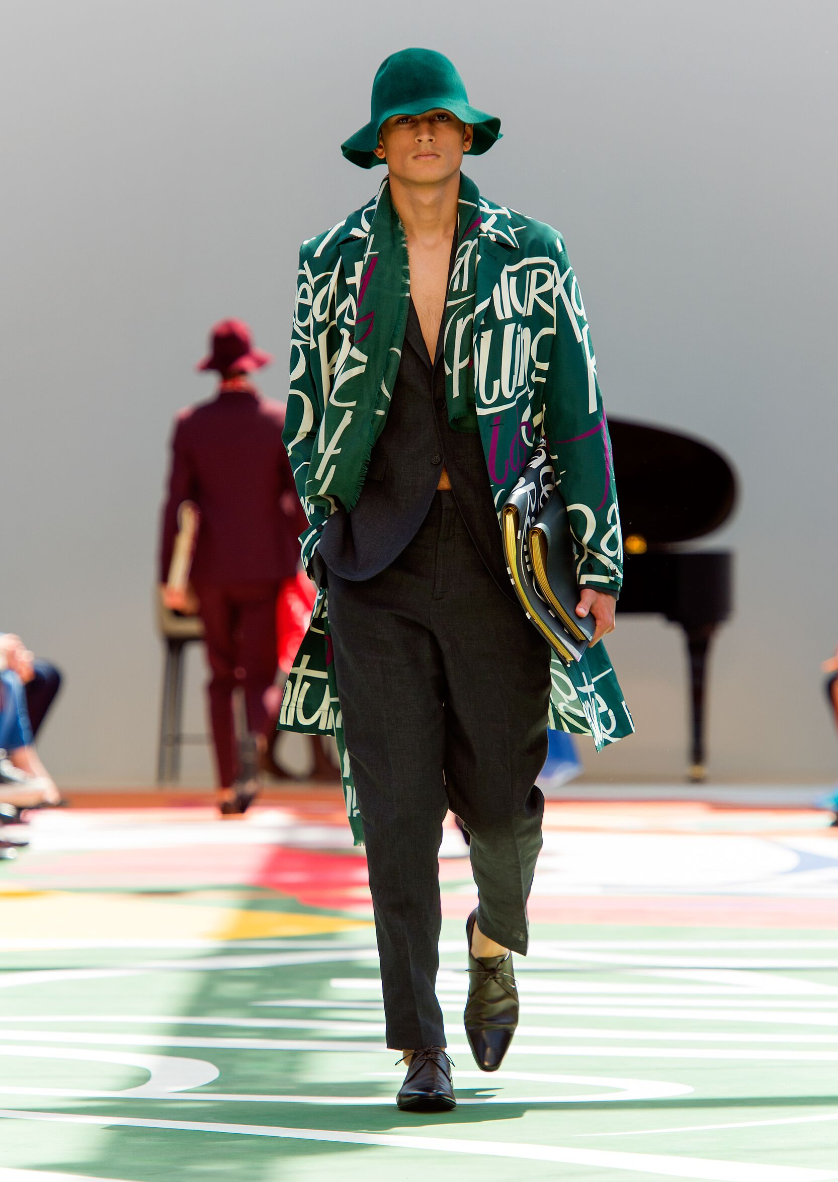 SS 2015 Burberry Prorsum Fashion Show