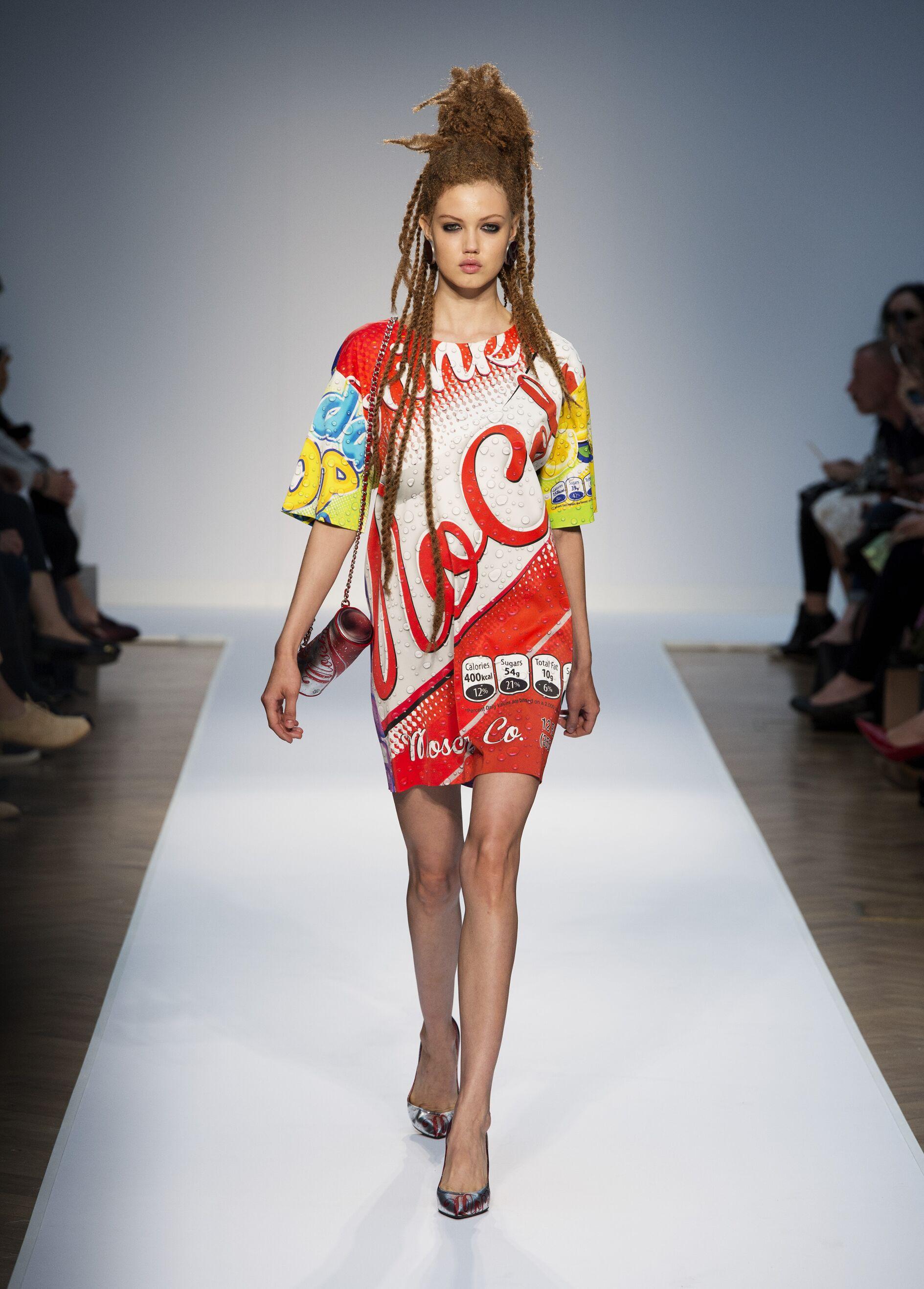 Spring Summer 2015 Fashion Model Moschino