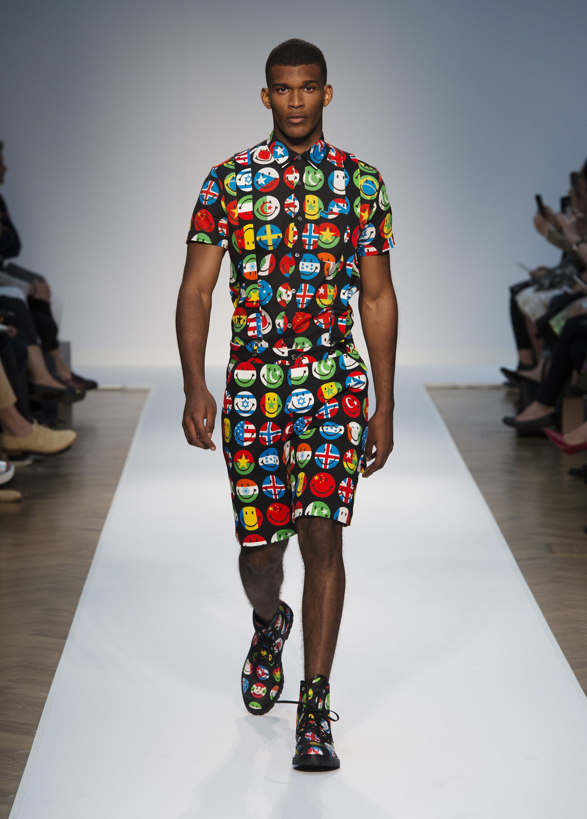 Summer 2015 Man Trends Moschino