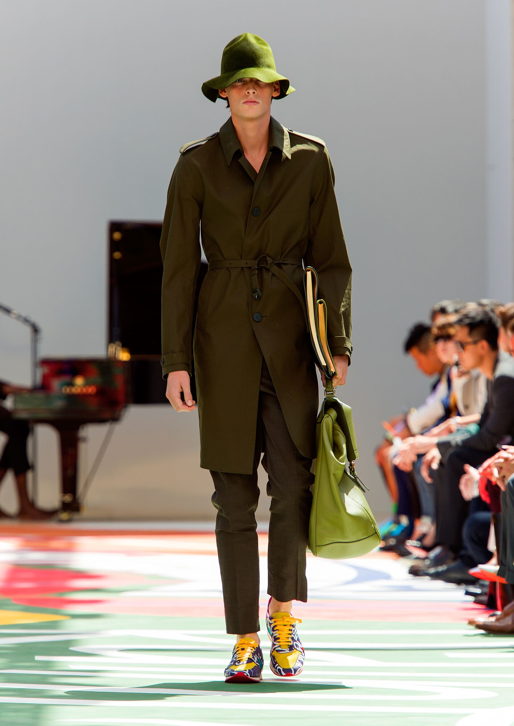 Summer Fashion Trends 2015 Burberry Prorsum