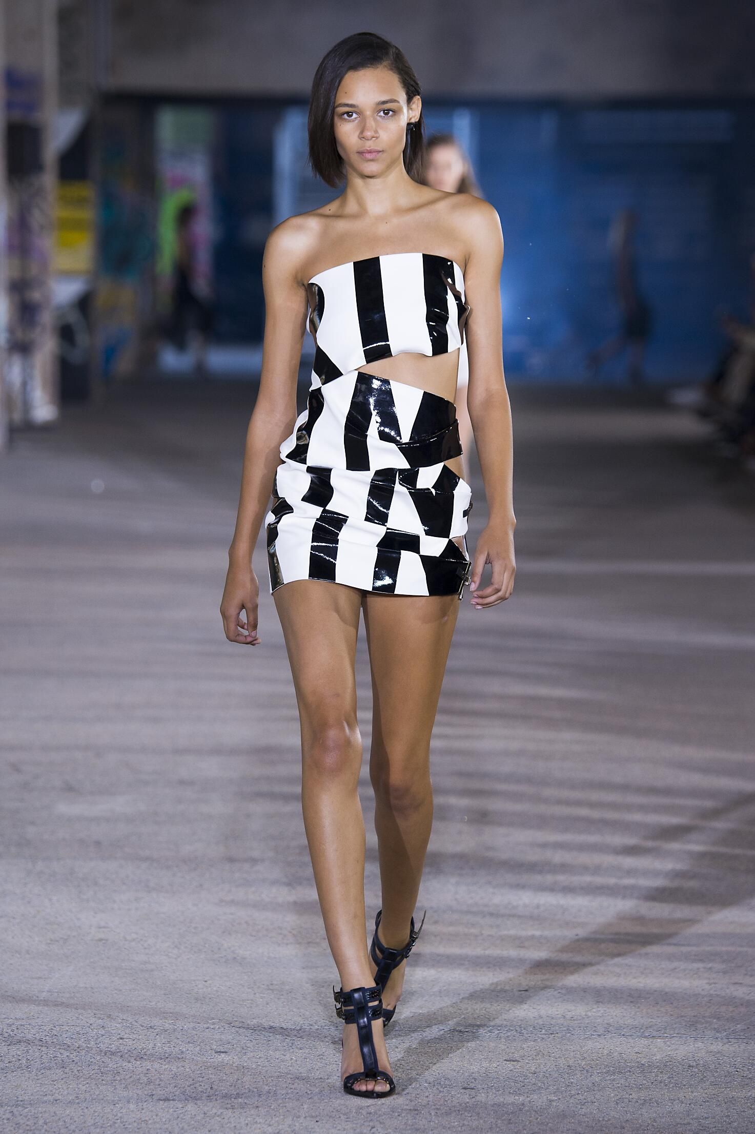 2015 Catwalk Anthony Vaccarello Summer