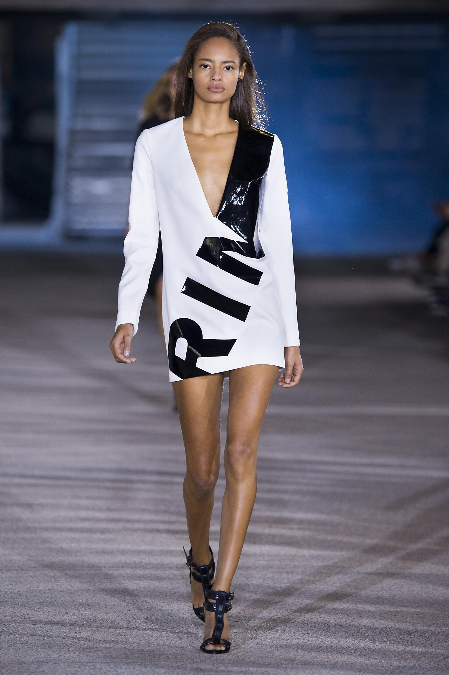2015 Catwalk Anthony Vaccarello Woman Fashion Show Summer