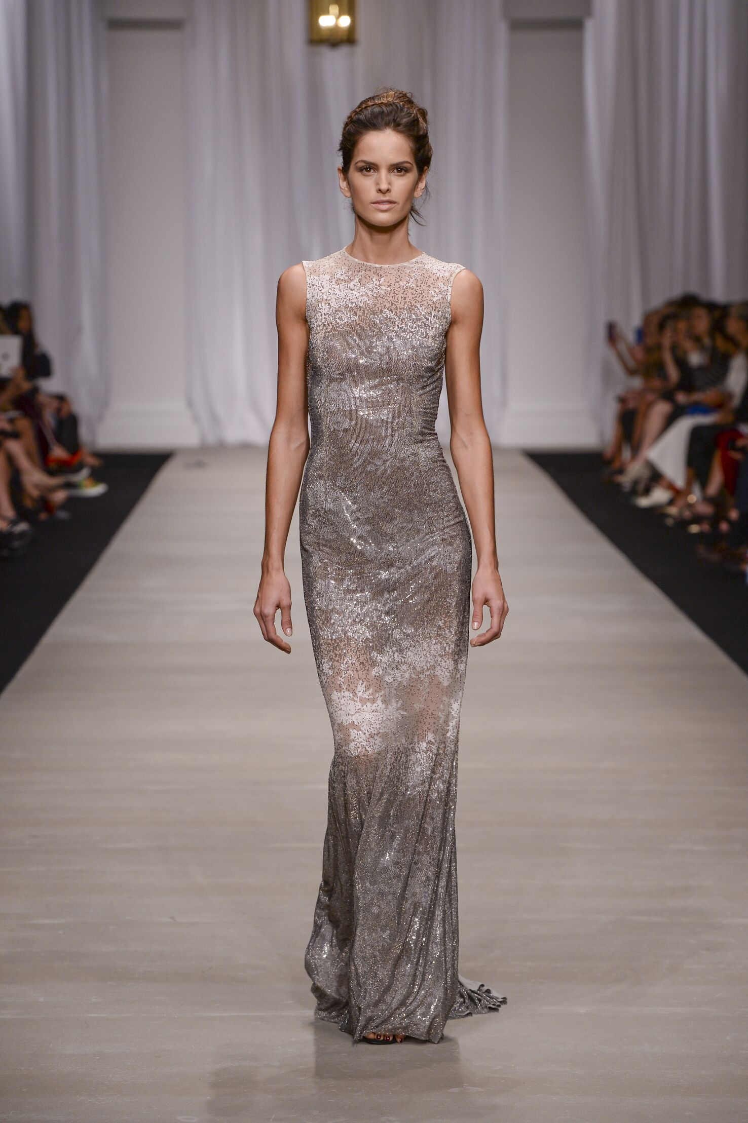 2015 Catwalk Ermanno Scervino Woman Fashion Show Summer