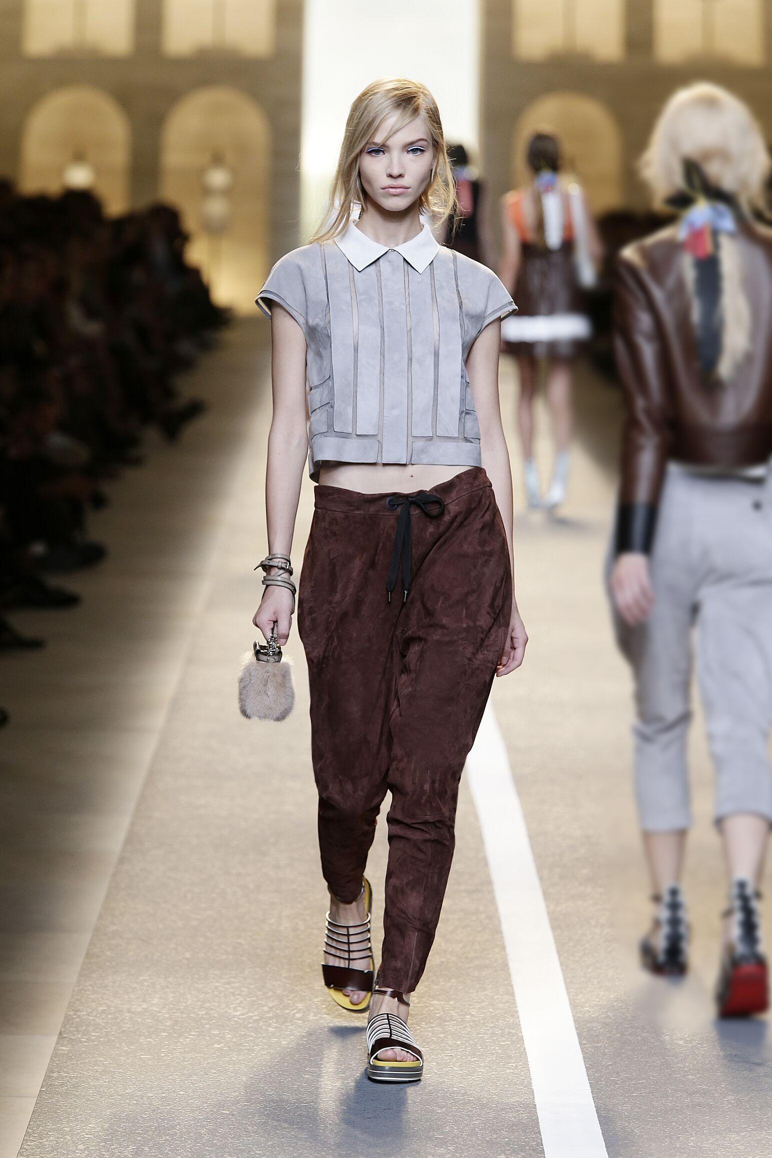 2015 Catwalk Fendi Womenswear