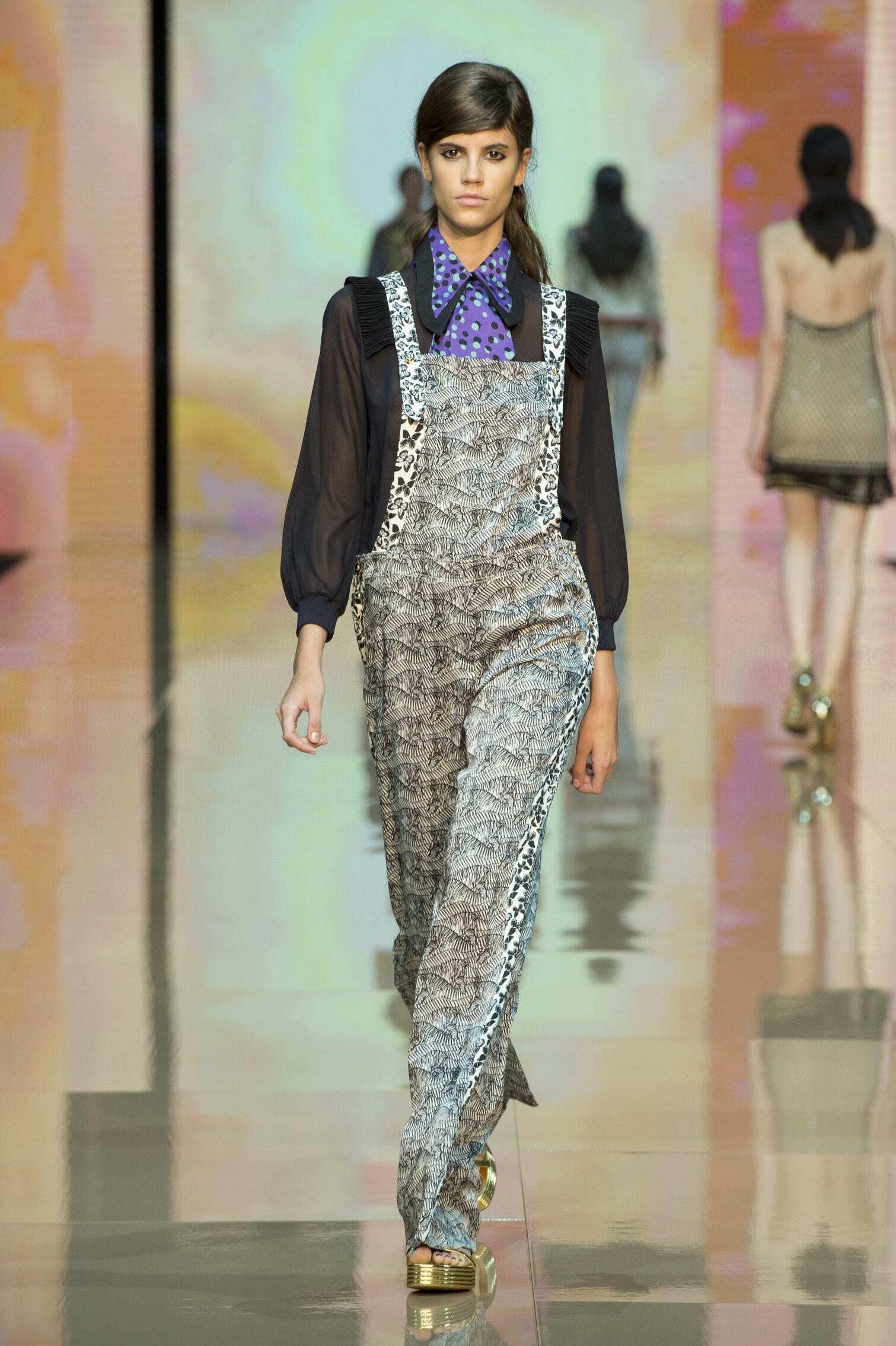 2015 Catwalk Just Cavalli Woman Fashion Show Summer