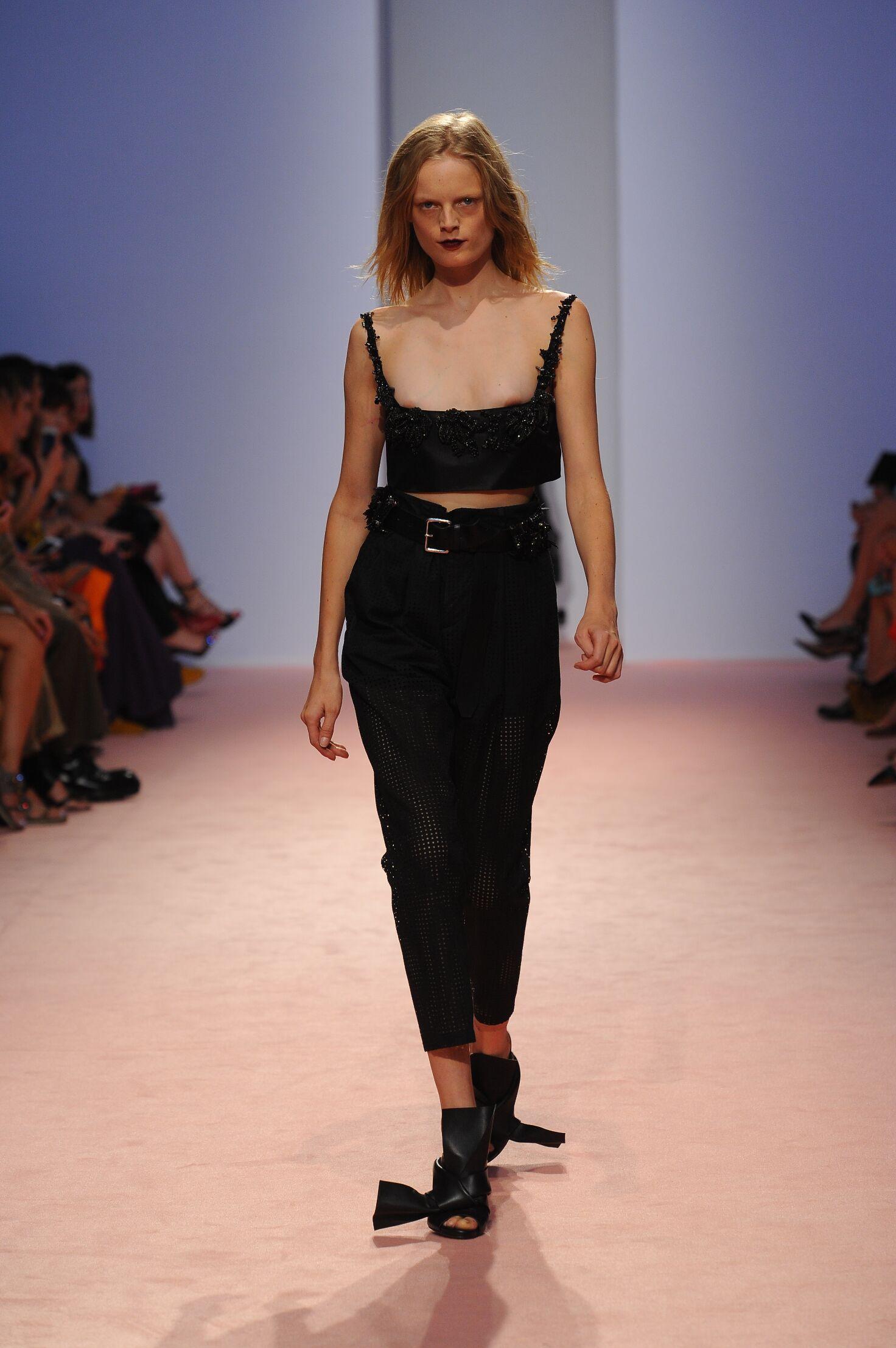2015 N°21 Womenswear