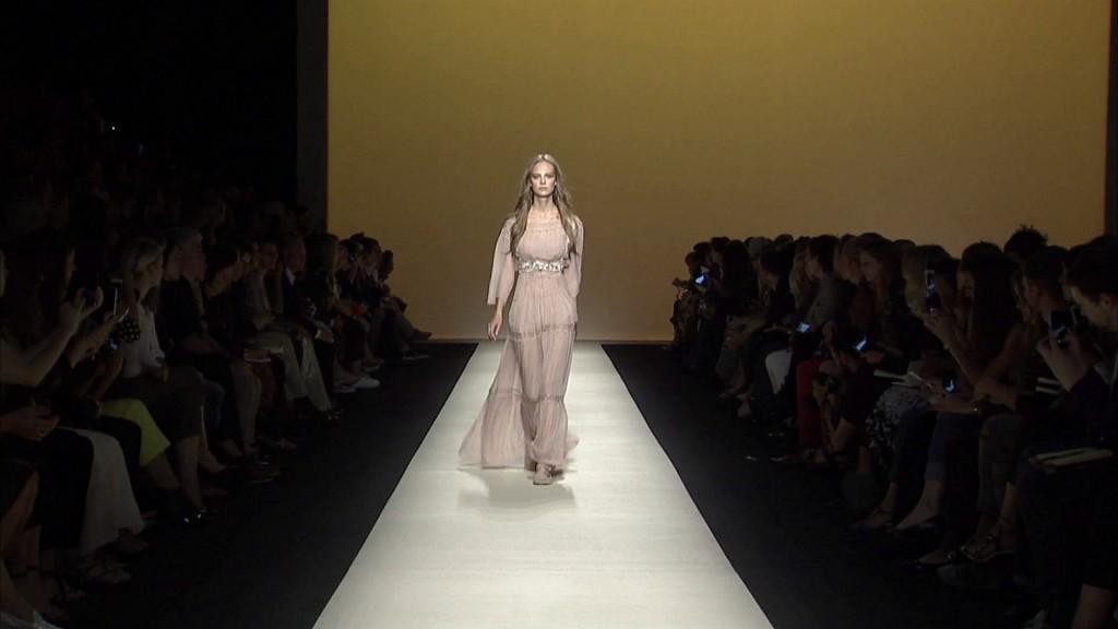 Alberta Ferretti Spring Summer 2015 Women's Fashion Show - Milan Fashion Week