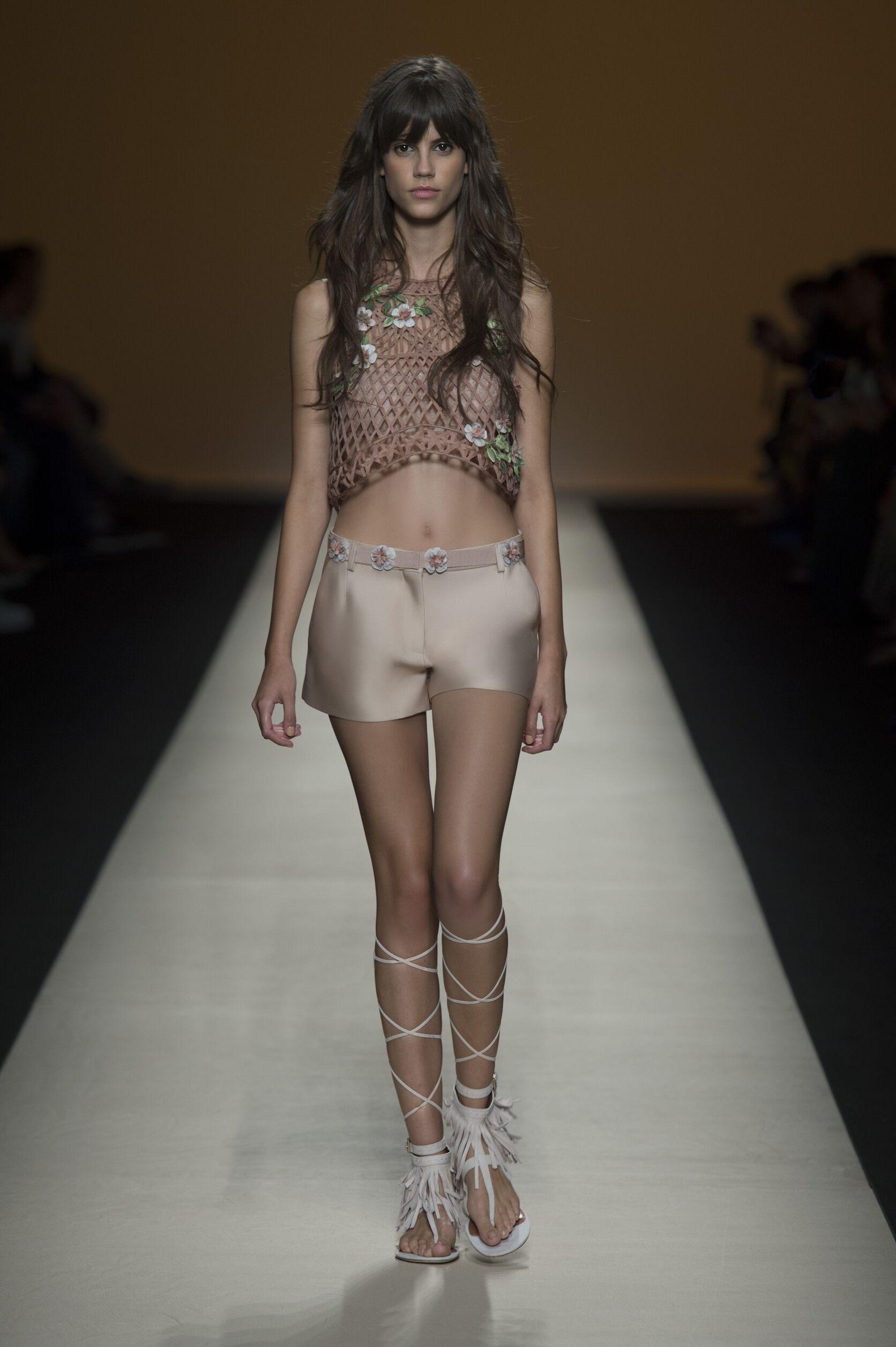 Alberta Ferretti Spring Summer 2015 Womens Collection Milan Fashion Week