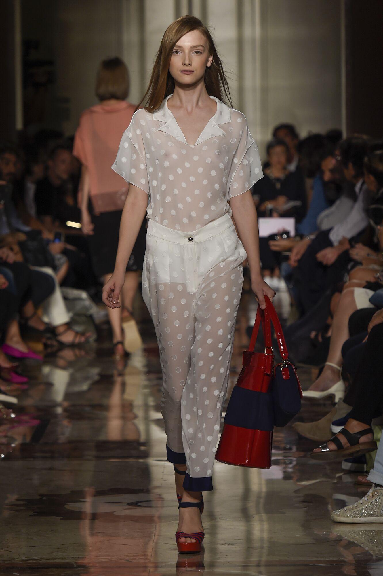 Andrea Incontri Spring 2015 Catwalk Womenswear