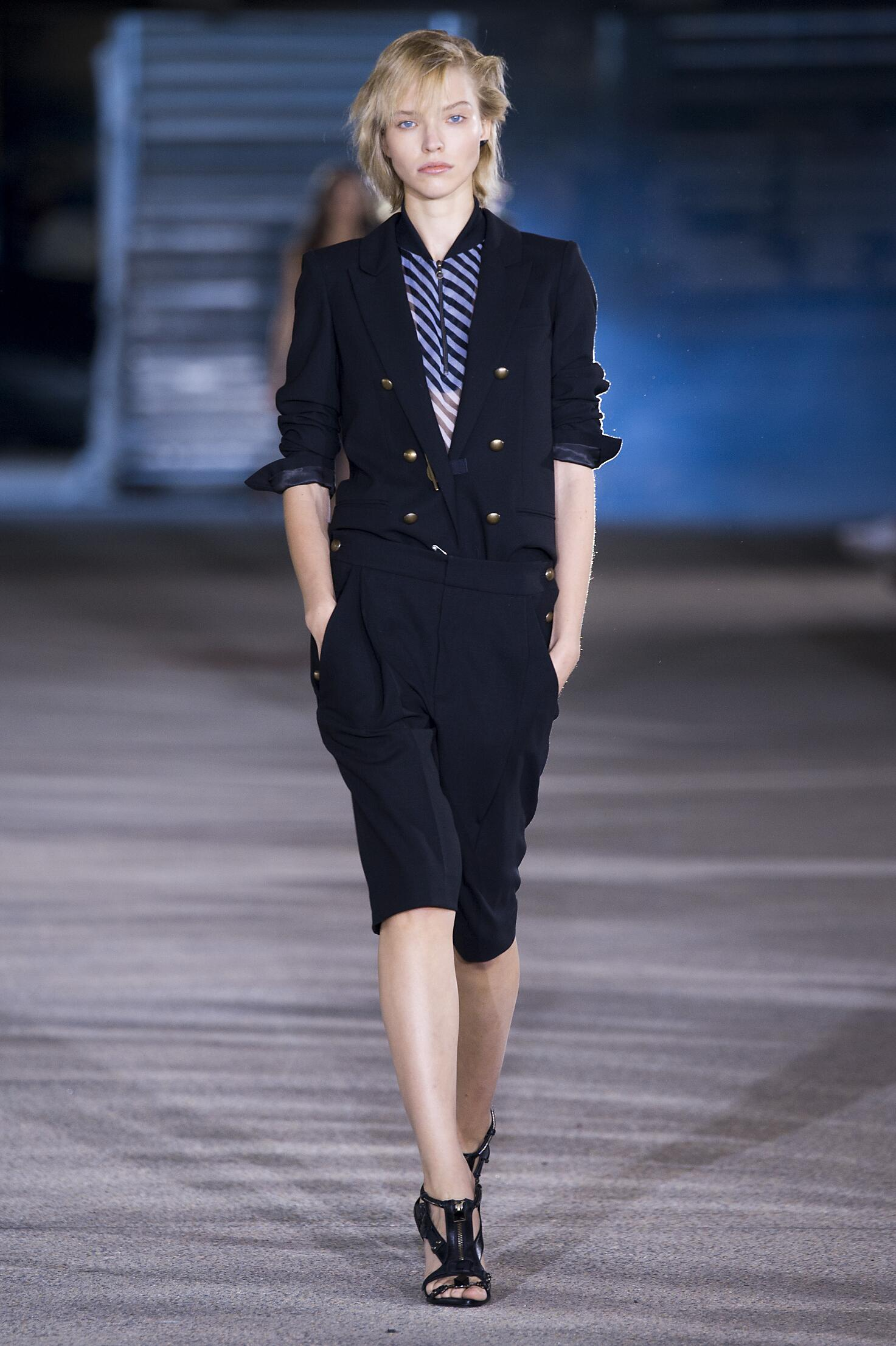 Anthony Vaccarello Spring 2015 Catwalk