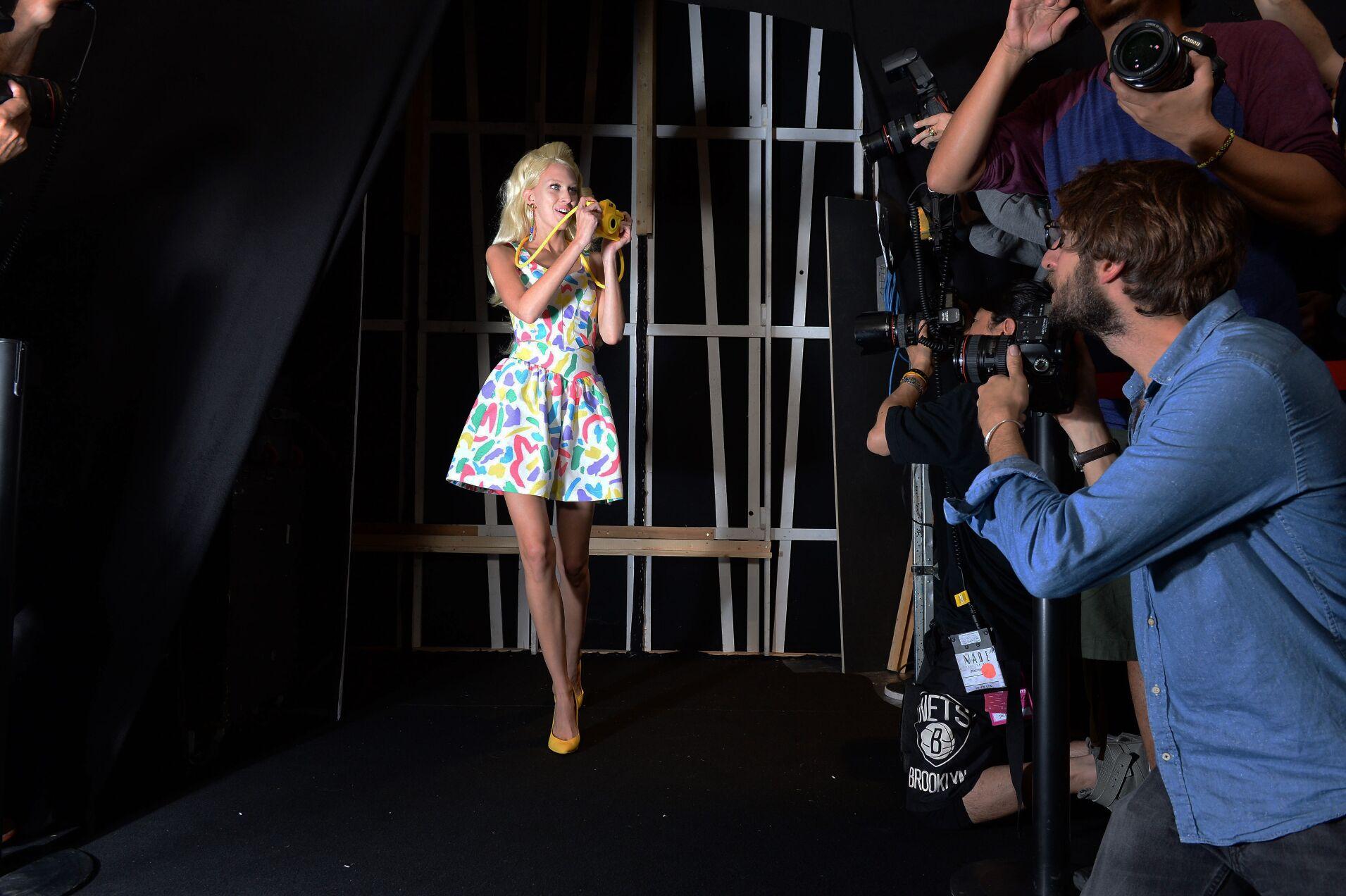 Backstage Moschino Spring Summer 2015 Womenswear