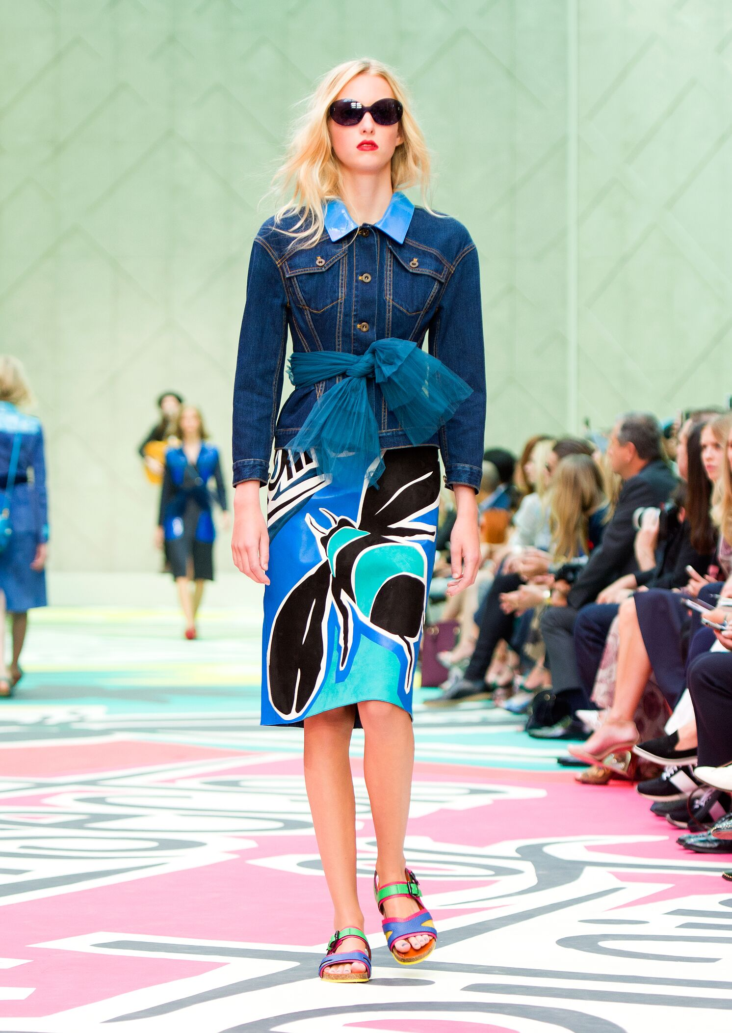 Burberry Prorsum Summer 2015 Catwalk