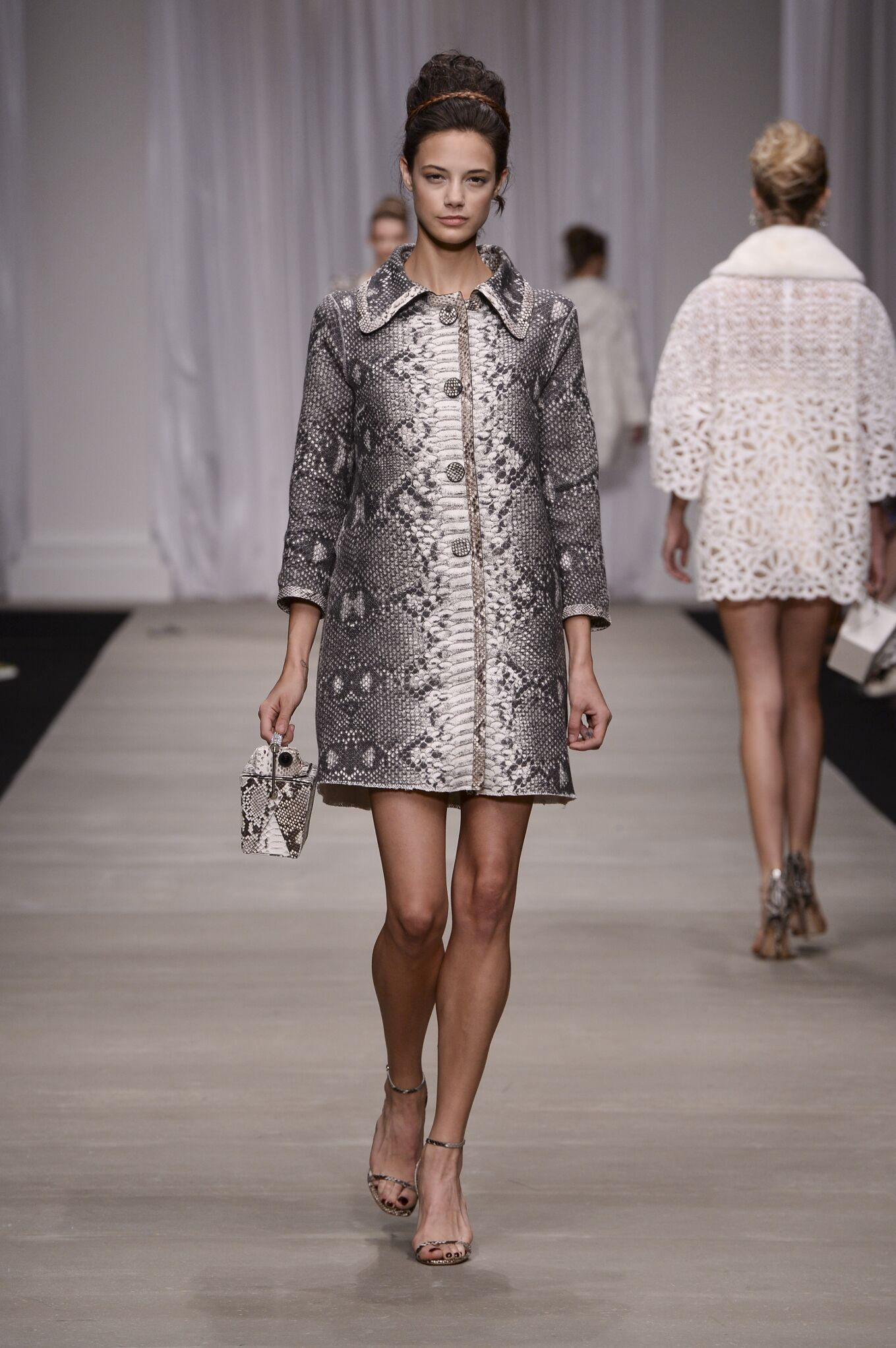 Catwalk Ermanno Scervino Woman Fashion Show Summer 2015