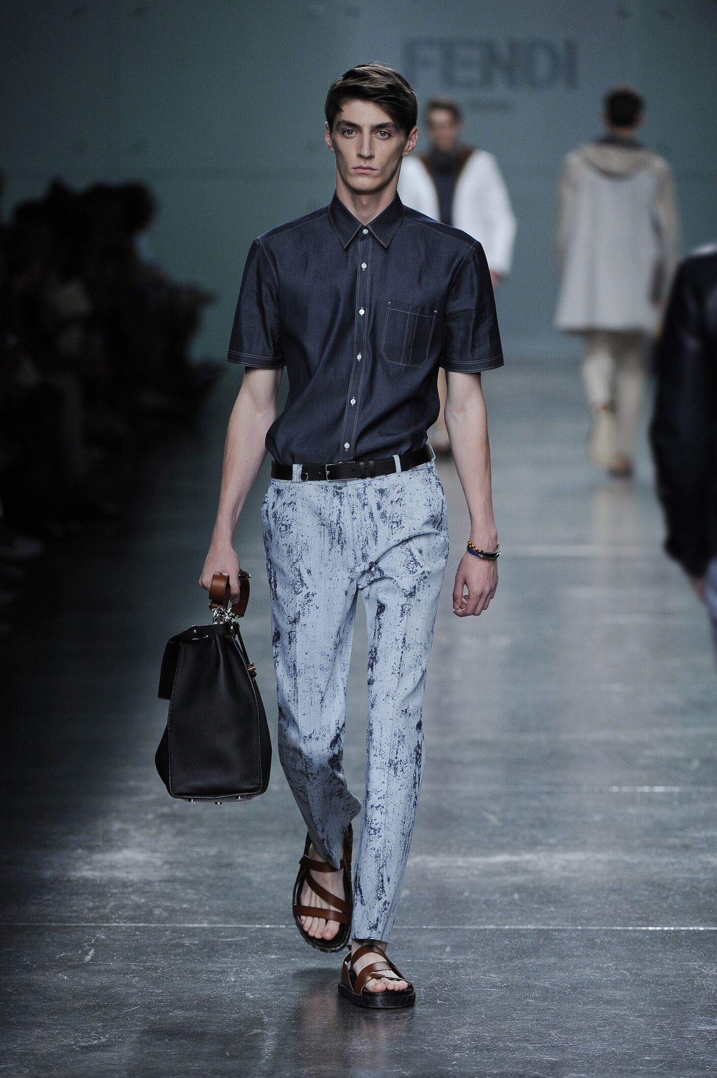 Catwalk Fendi Man Fashion Show Summer 2015
