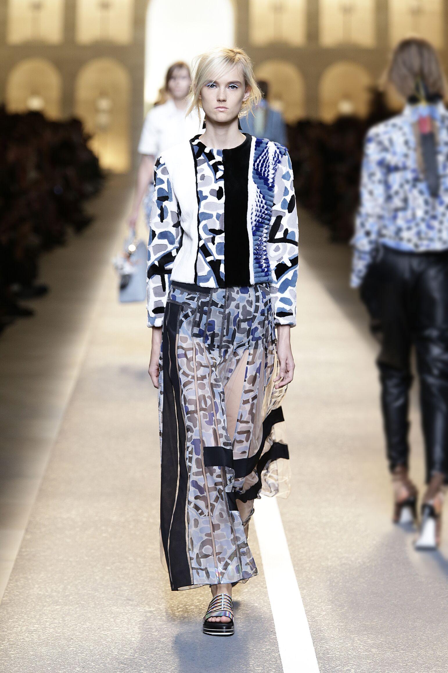 Catwalk Fendi Womenswear