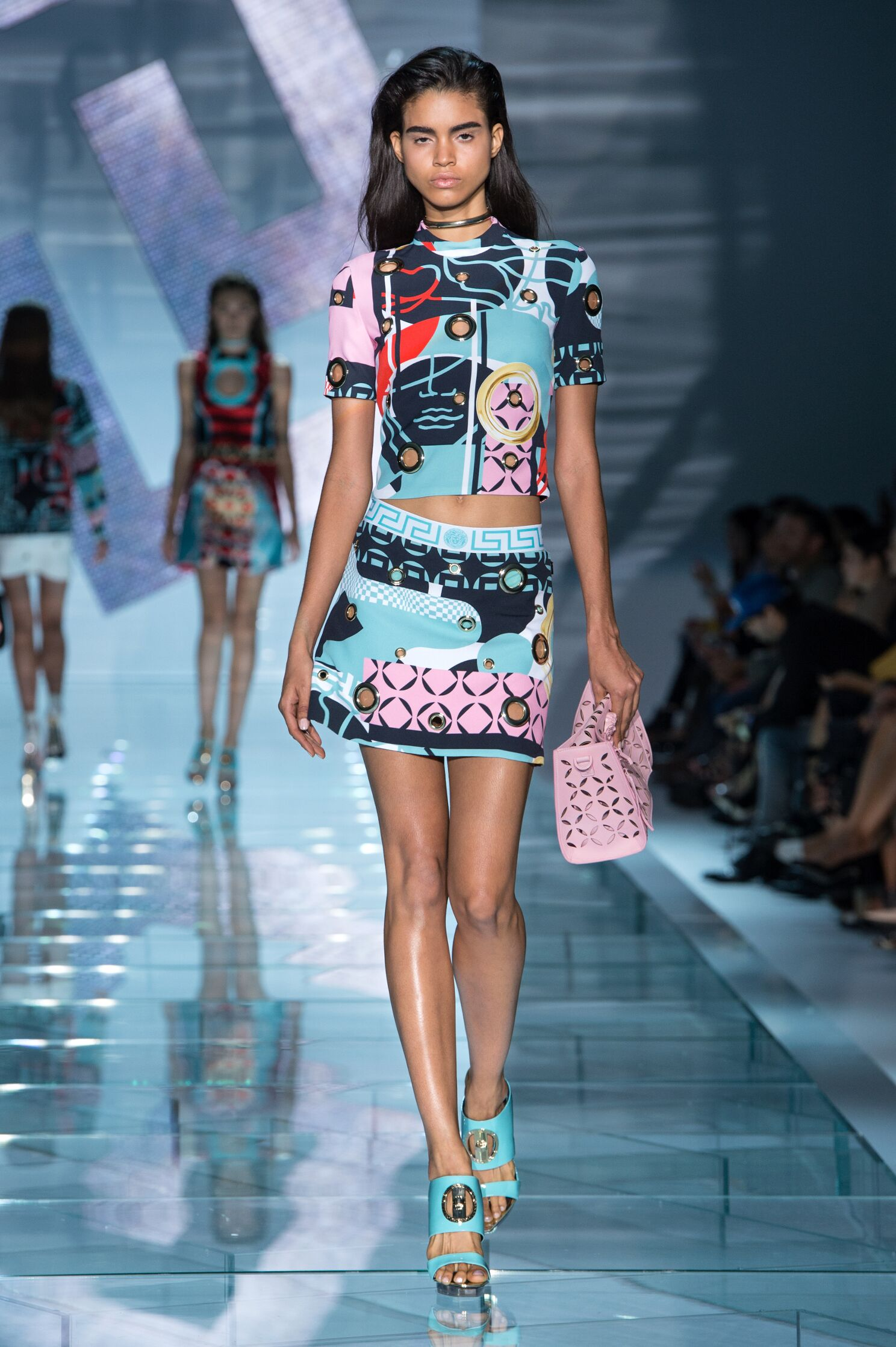 Catwalk Fashion Show 2015 Catwalk Versace Woman Fashion