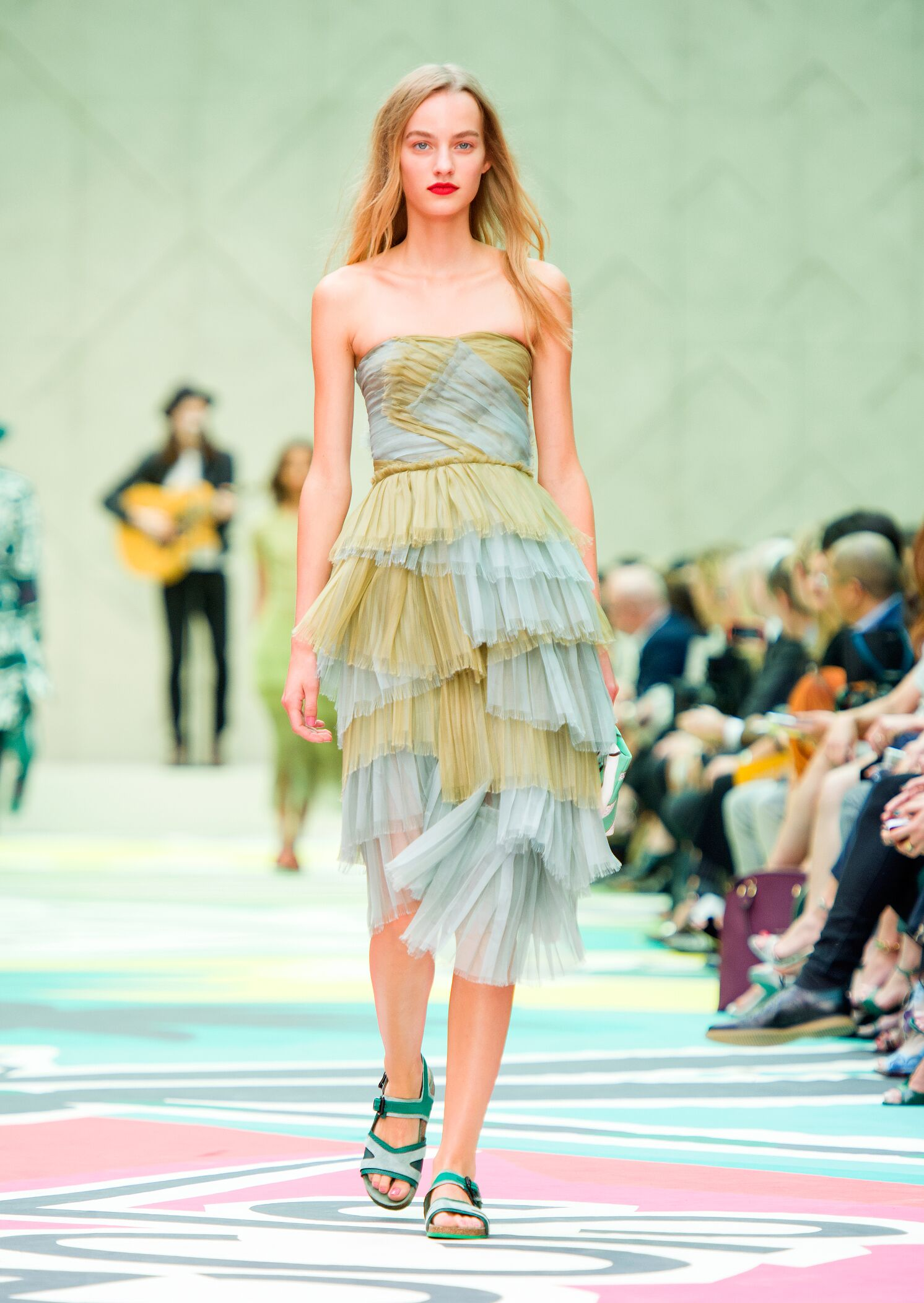 Fashion 2015 Catwalk Burberry Prorsum