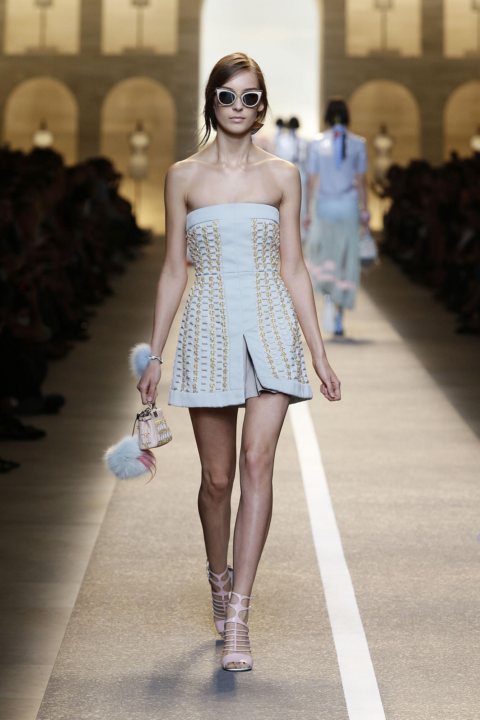 Fashion 2015 Catwalk Fendi Summer Womenswear