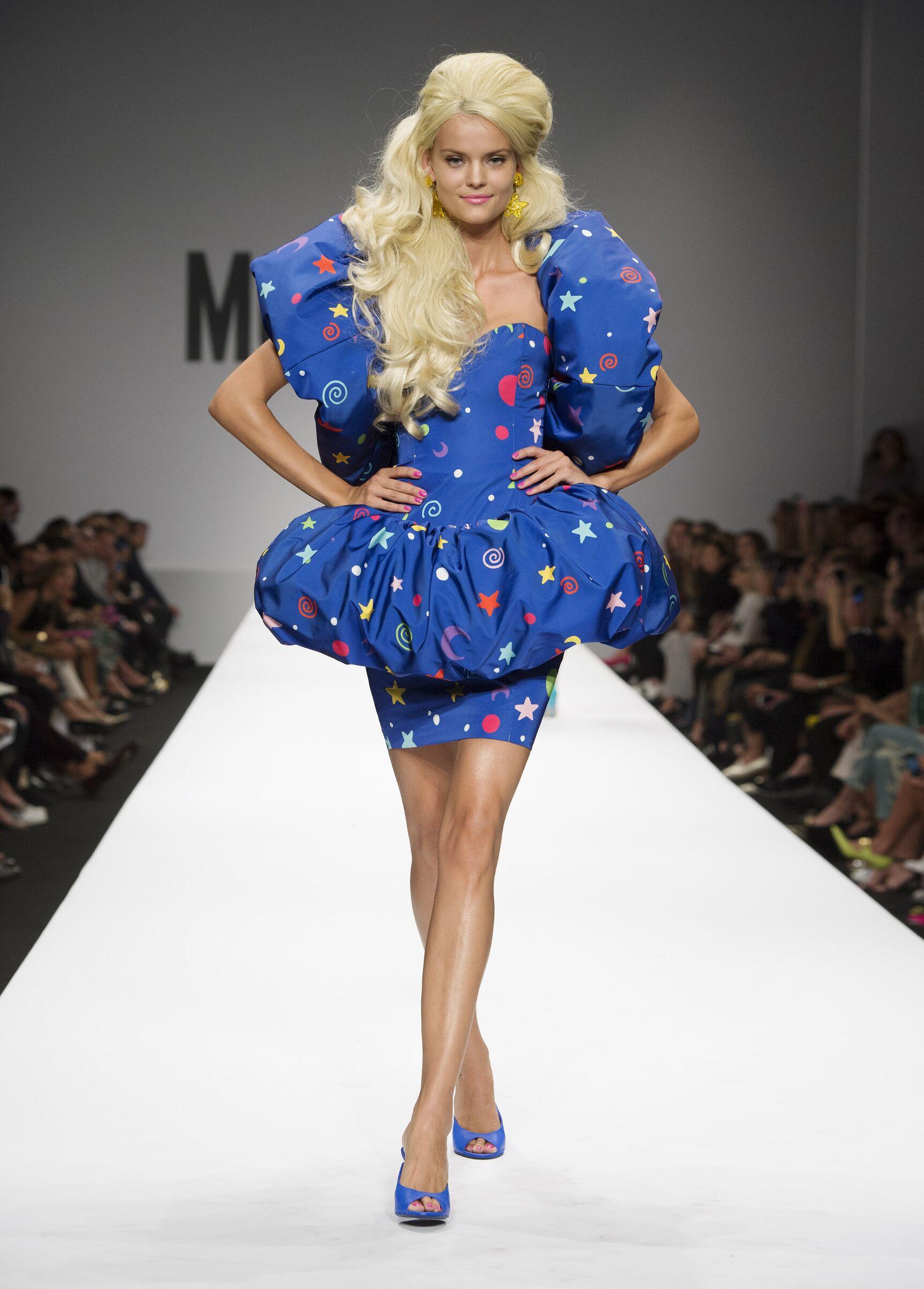 Fashion 2015 Catwalk Moschino