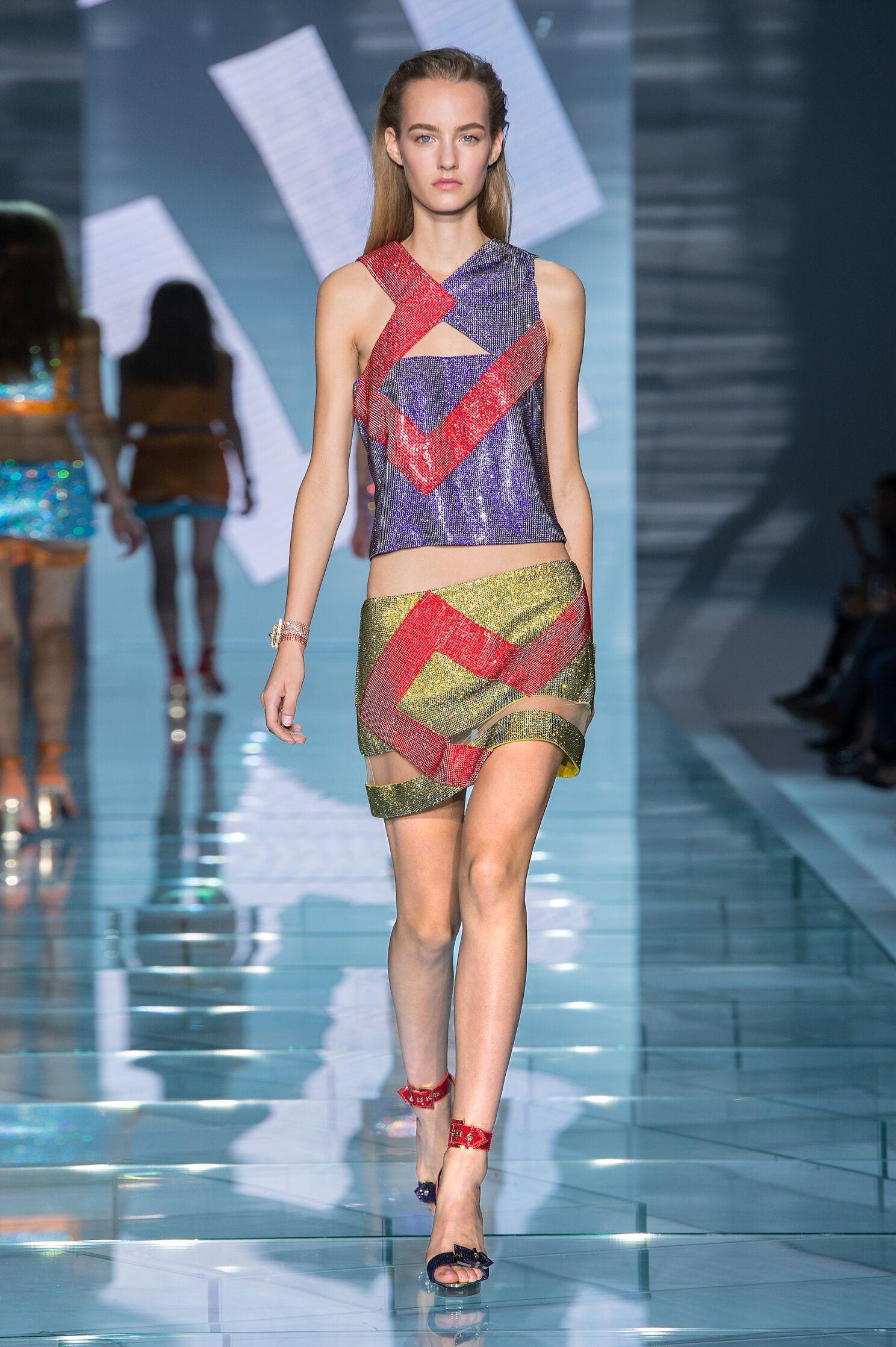 Fashion 2015 Catwalk Versace