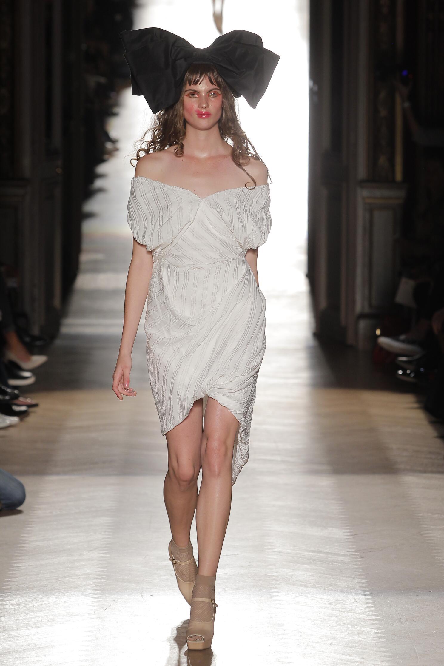 Fashion 2015 Catwalk Vivienne Westwood Gold Label