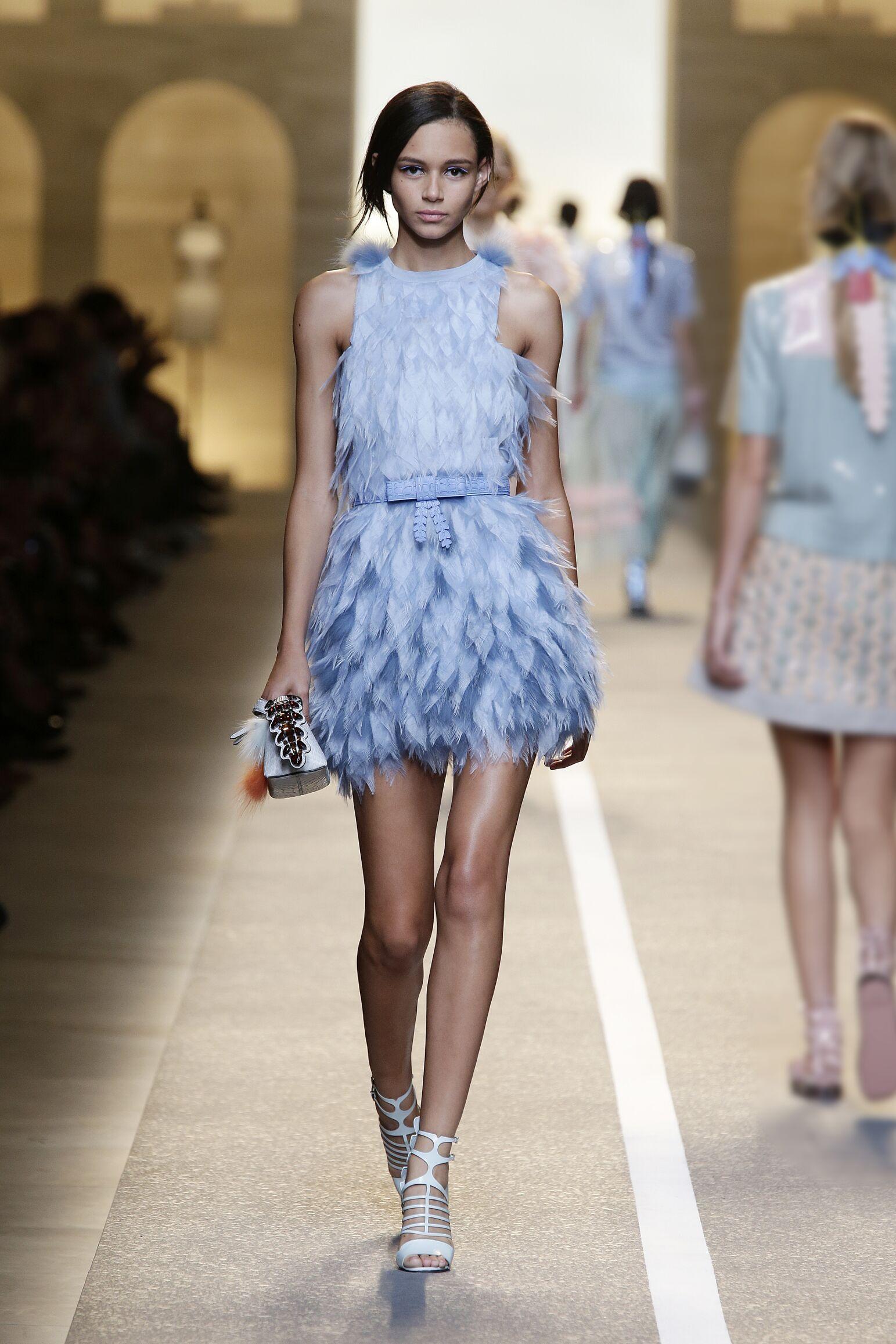 Fashion 2015 Woman Style Fendi