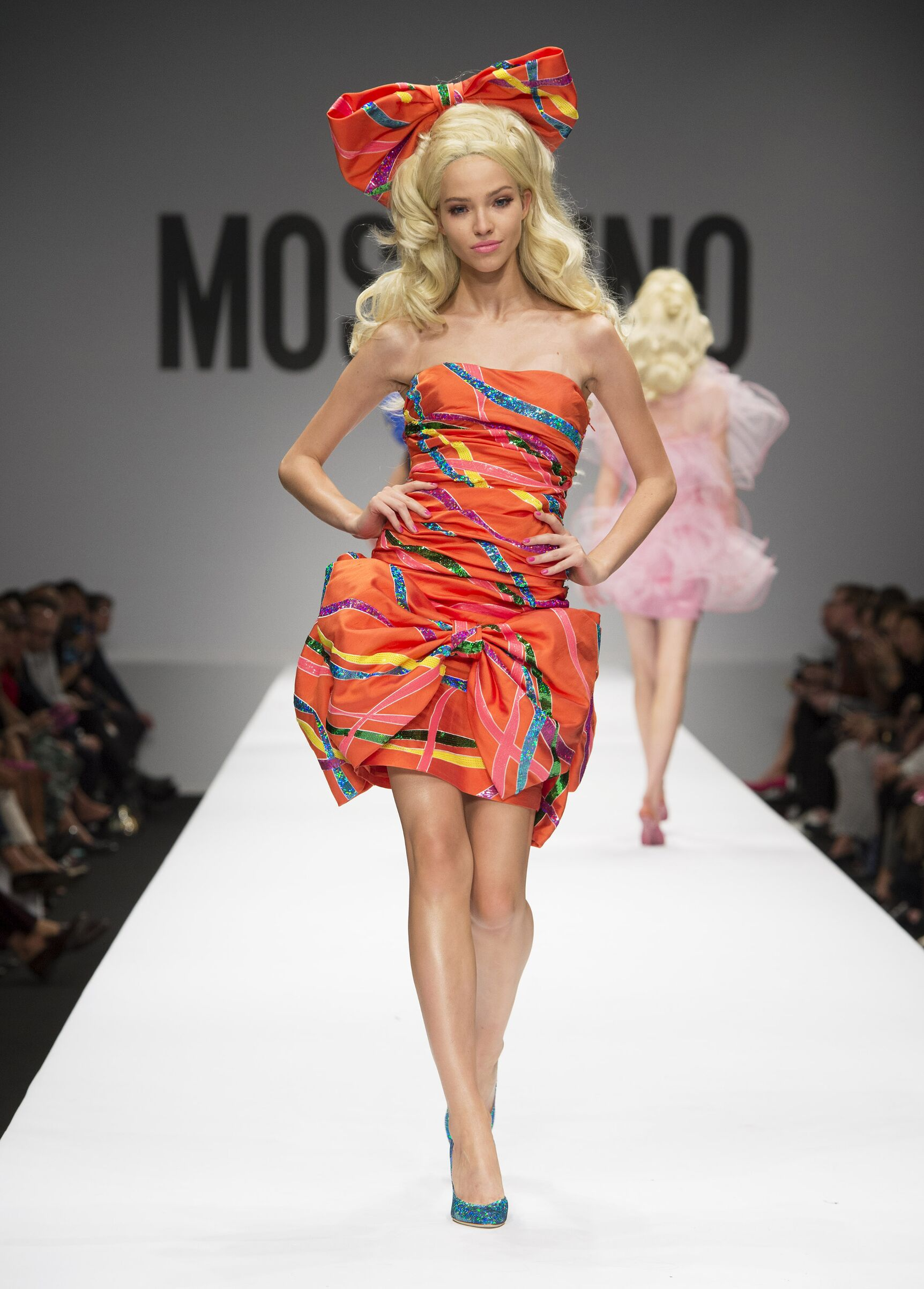 Fashion 2015 Woman Style Moschino