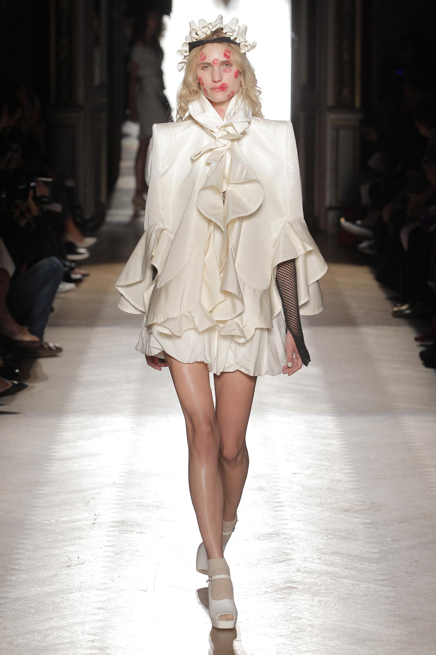 Fashion 2015 Woman Style Vivienne Westwood Gold Label