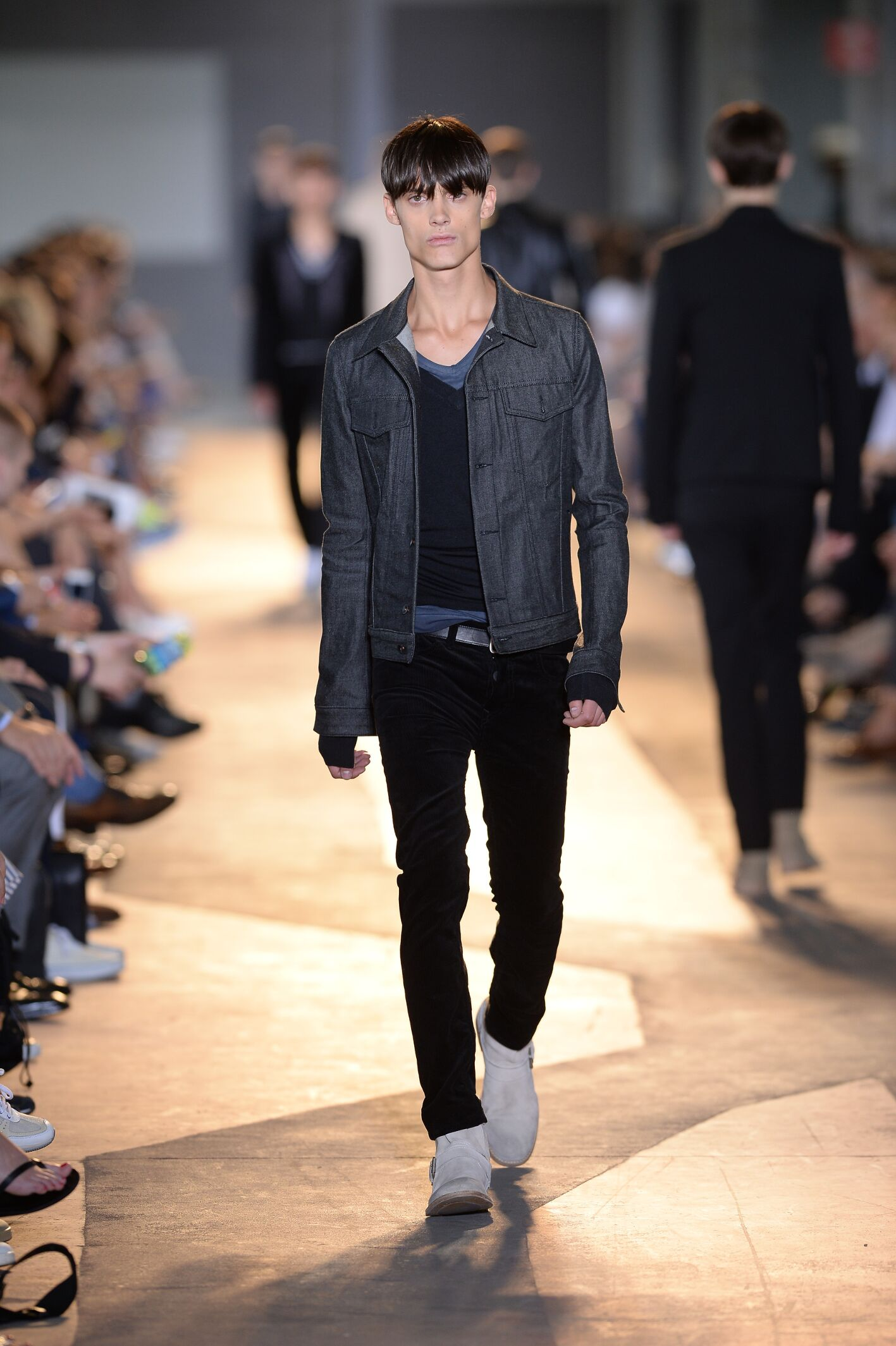 Fashion Man Model Diesel Black Gold Catwalk