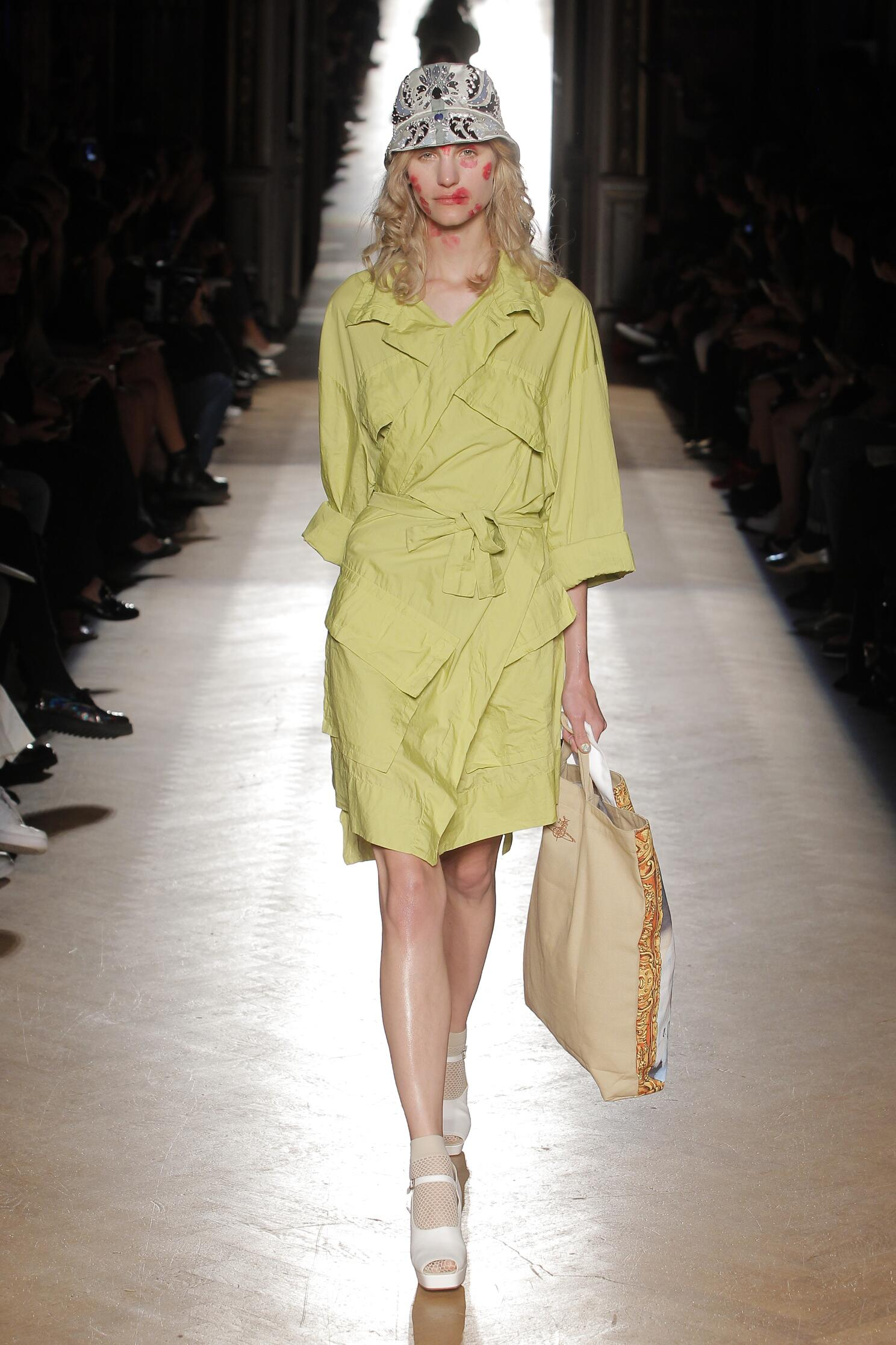 Fashion Woman Model Vivienne Westwood Gold Label Catwalk