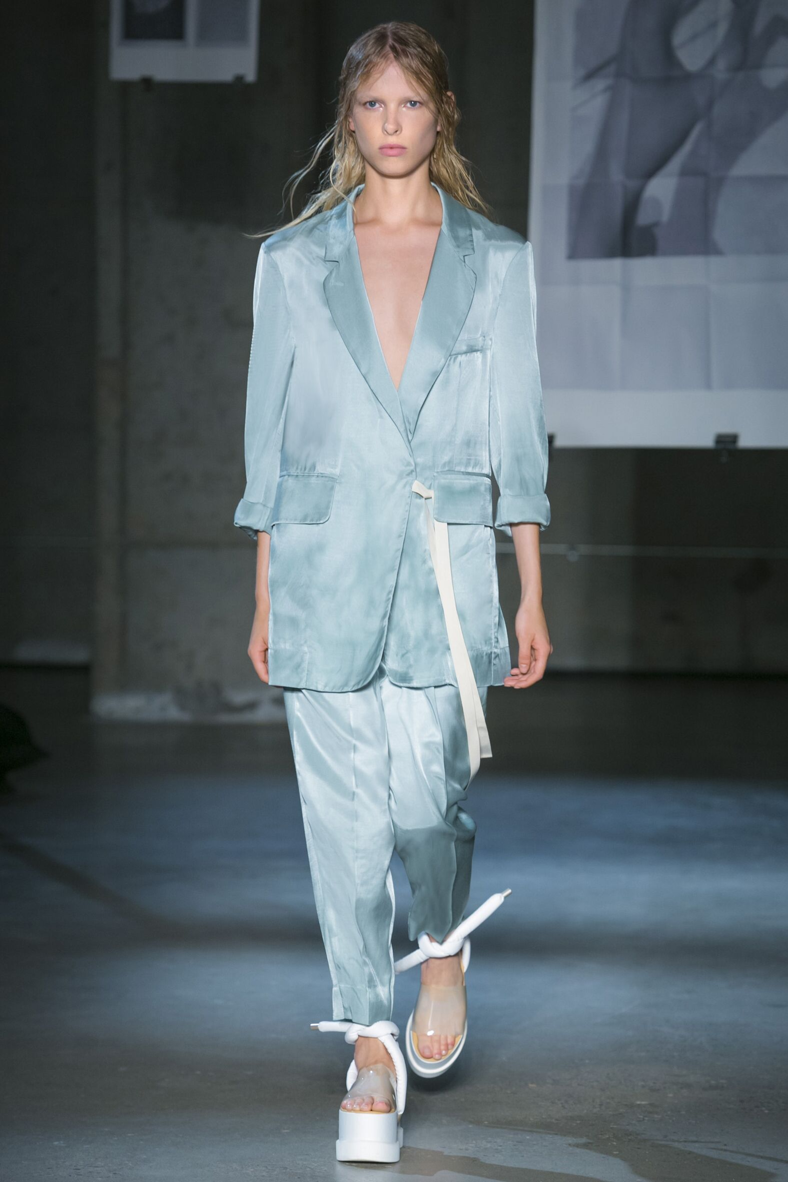 MM6 Maison Martin Margiela Woman New York Fashion Week