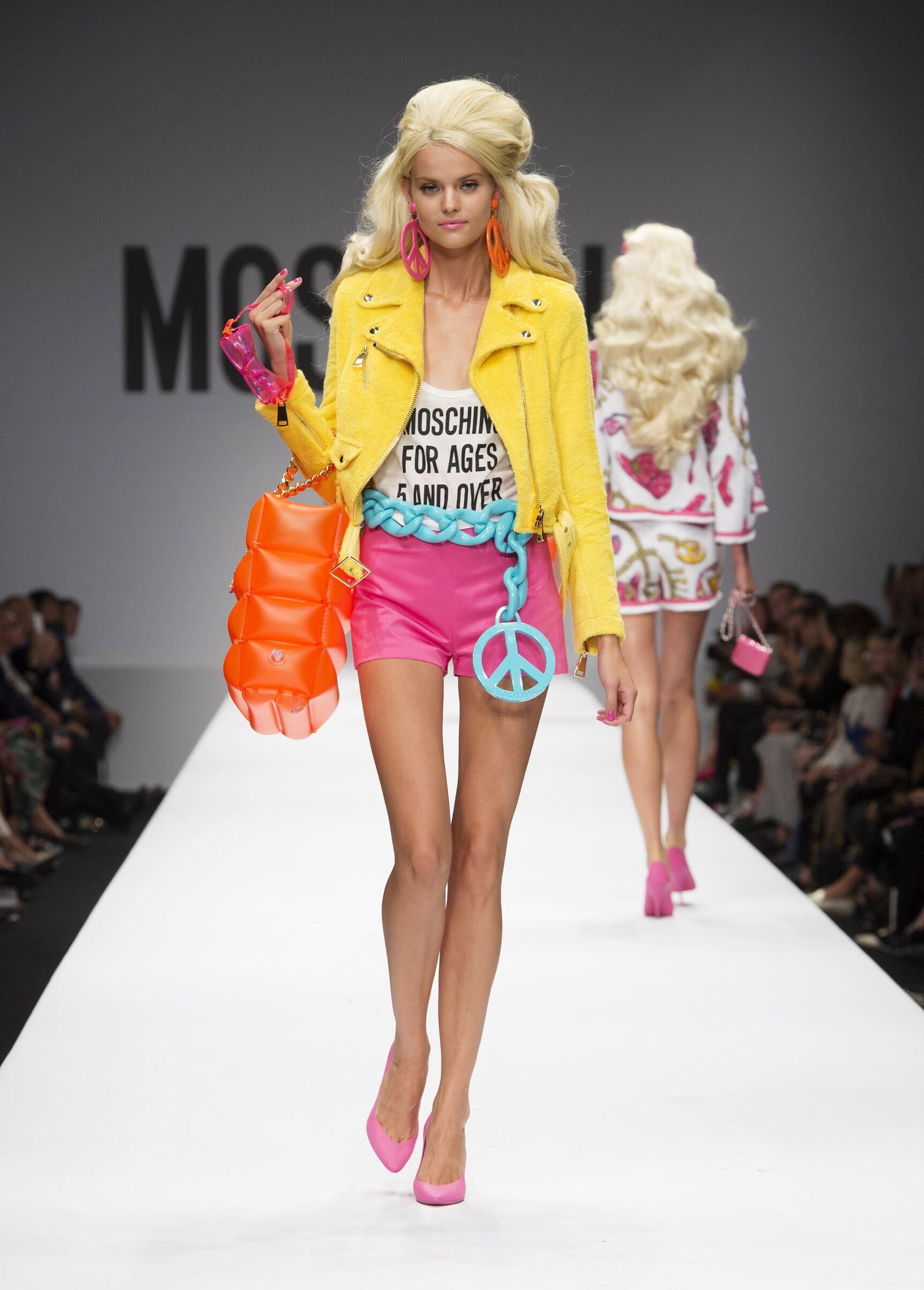 Moschino Summer 2015 Catwalk