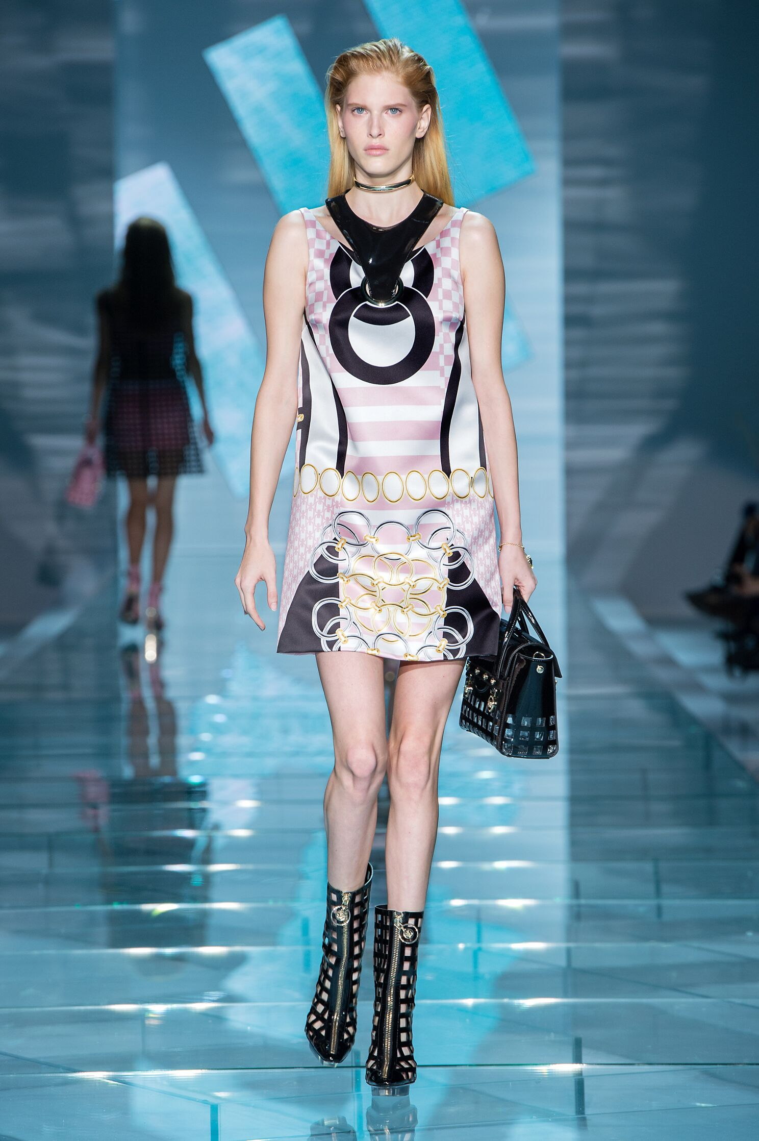 Runway Versace Spring Summer 2015 Women's Collection Milan Fashion Week