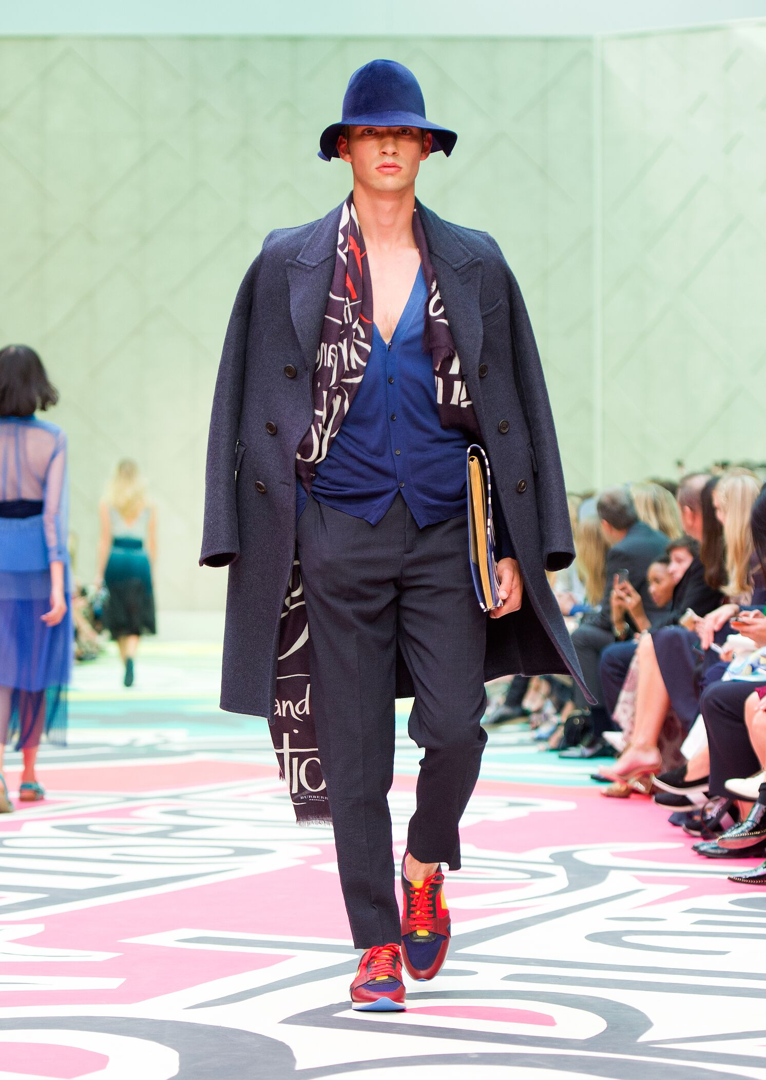 SS 2015 Burberry Prorsum Fashion Show