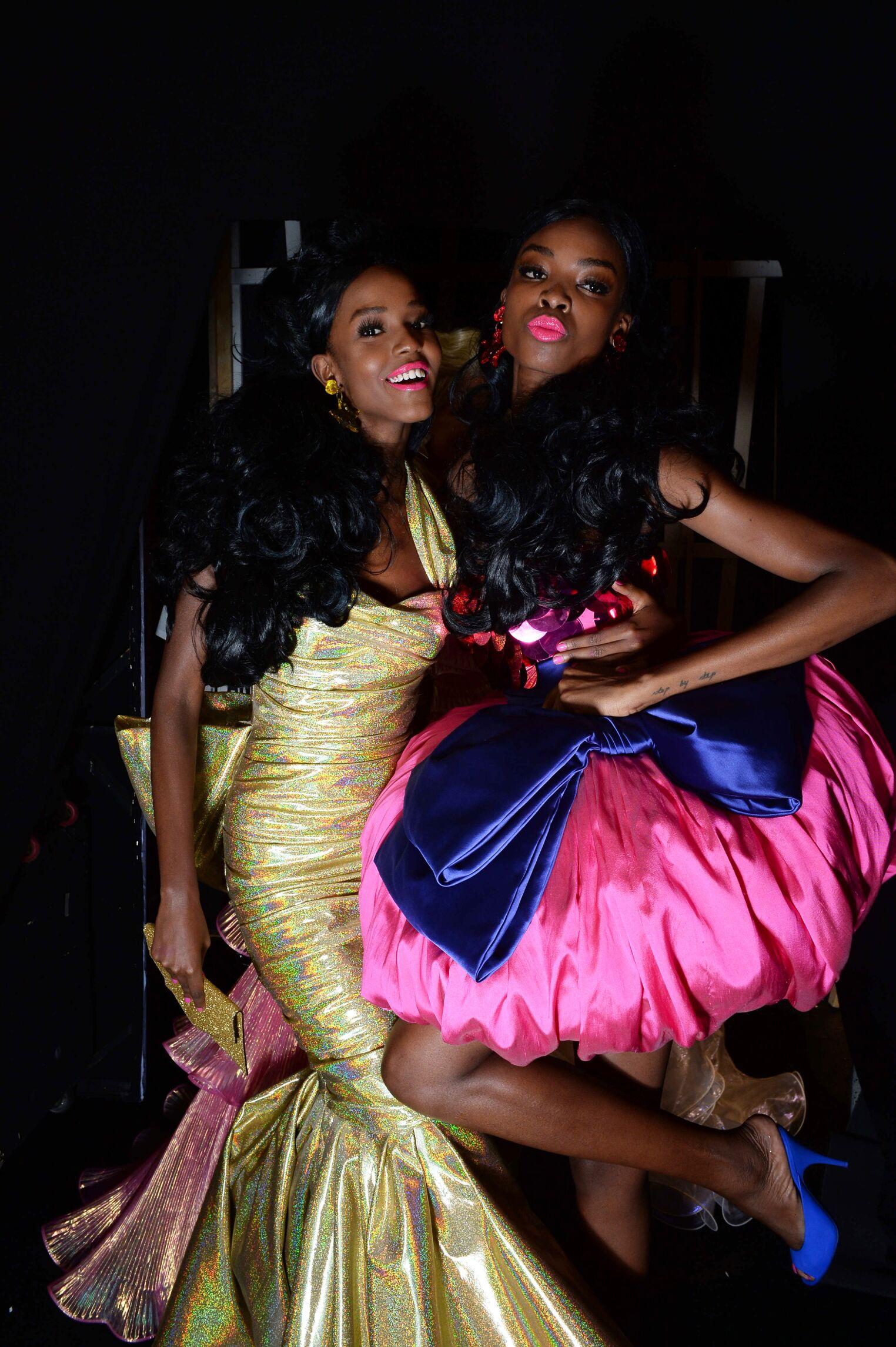 SS 2015 Moschino Fashion Backstage