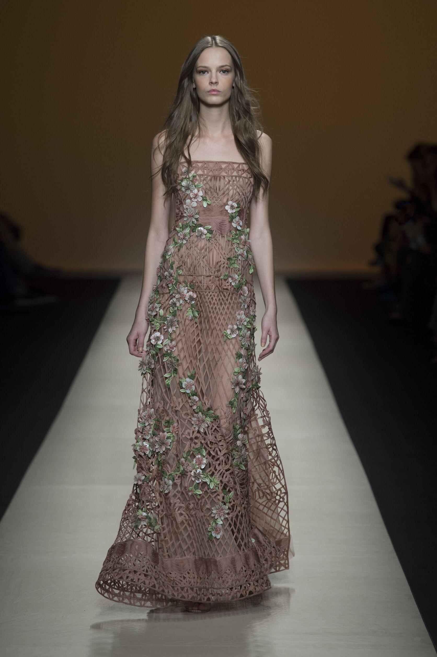 Spring 2015 Fashion Trends Alberta Ferretti