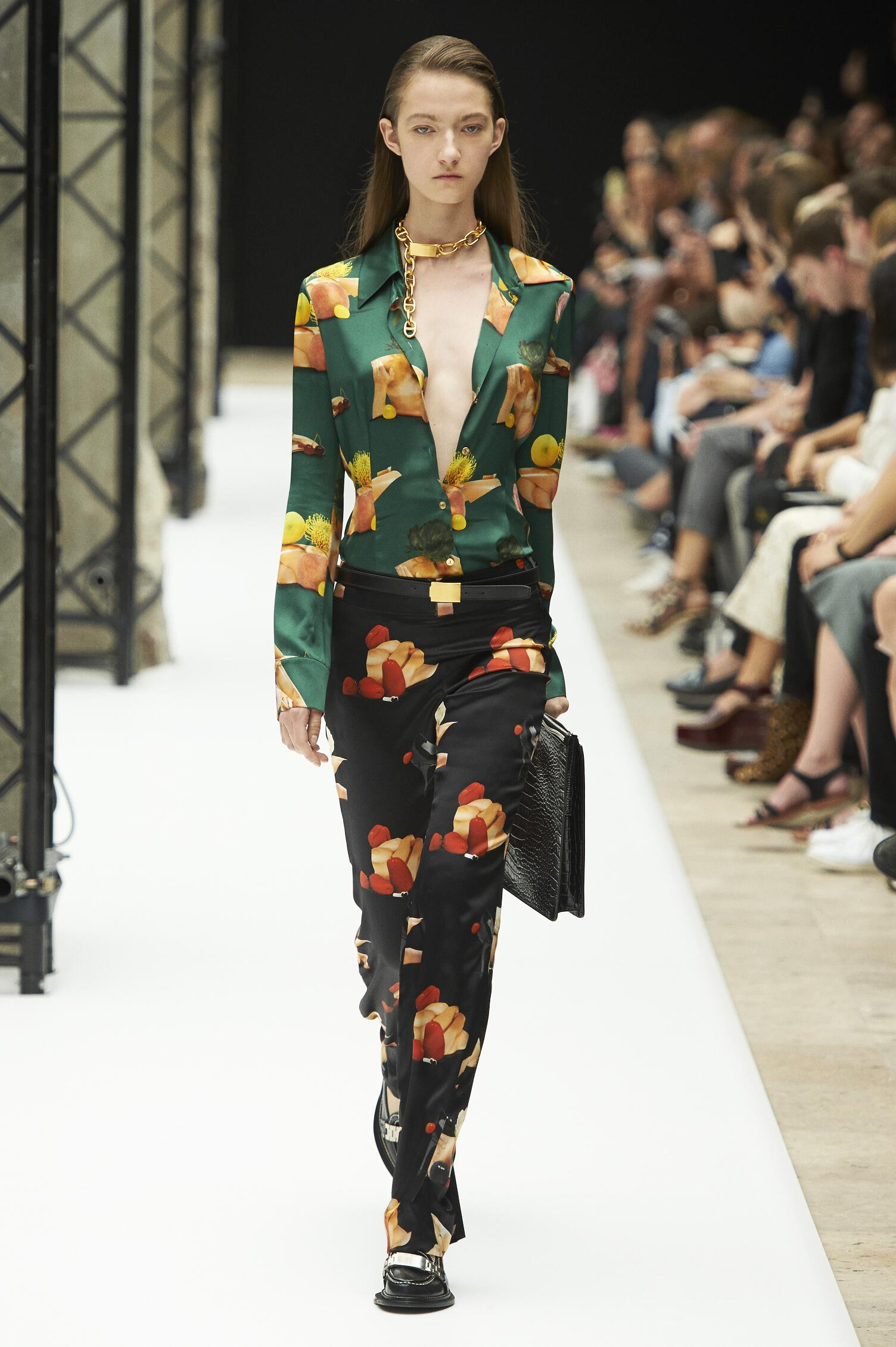 Spring 2015 Woman Fashion Show Acne Studios